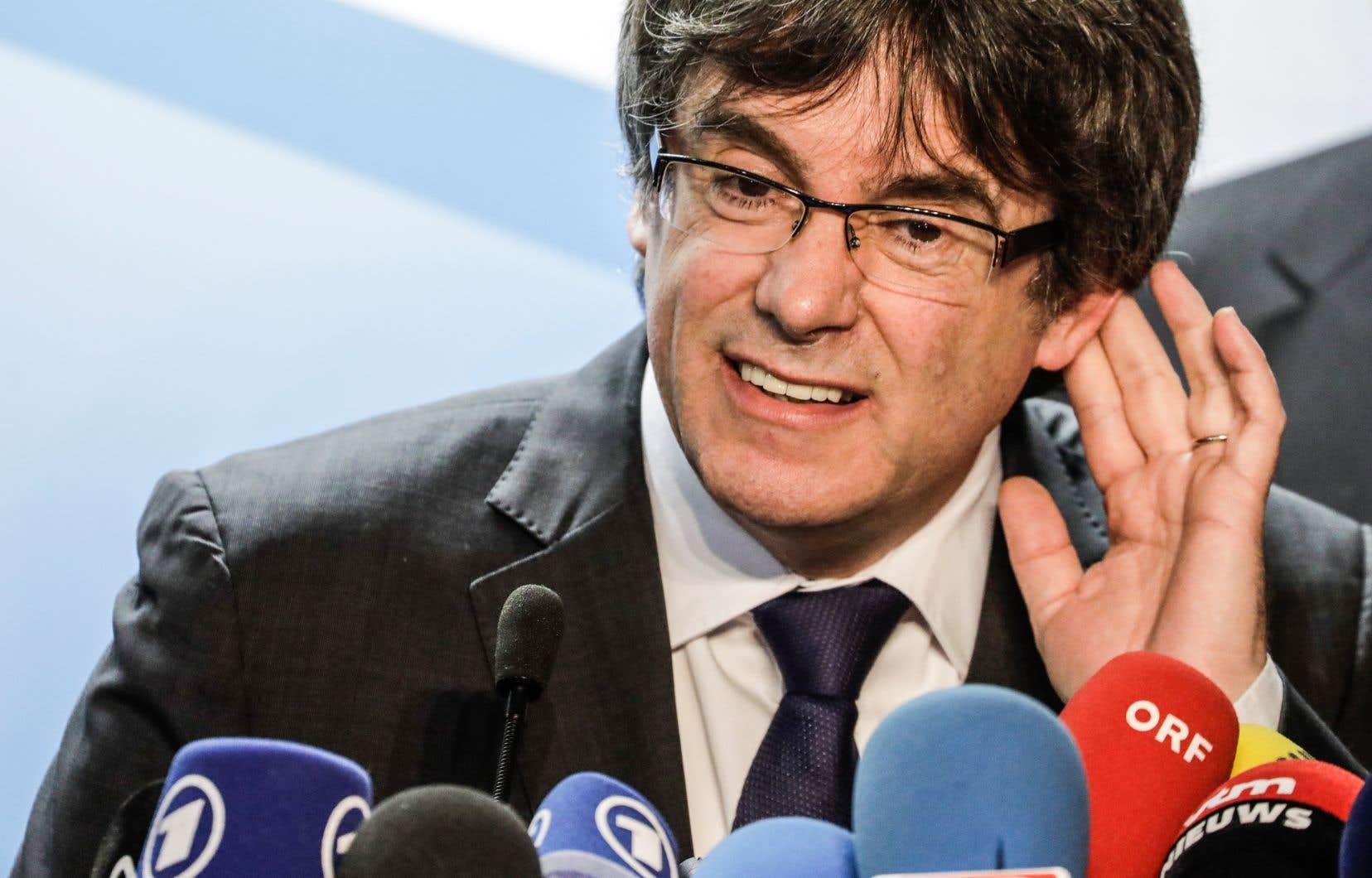 L'indépendantiste catalan Carles Puigdemont lors d'une conférence de presse à Bruxelles, le 22 décembre dernier.