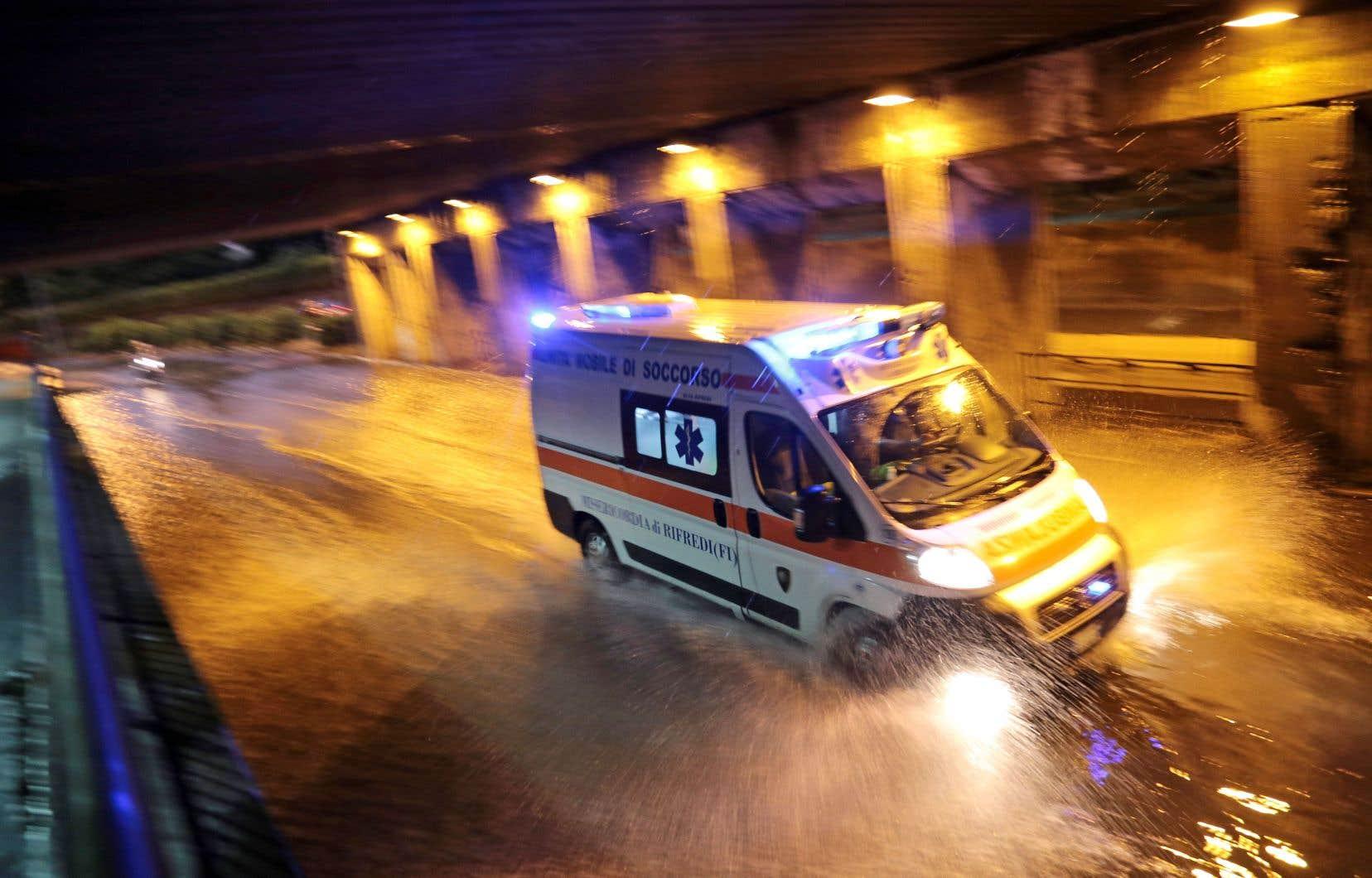 Dans le dernier roman de Marco Vichi, Florence est recouverte par une vague d'eau boueuse, de mazout et de détritus de toutes sortes.