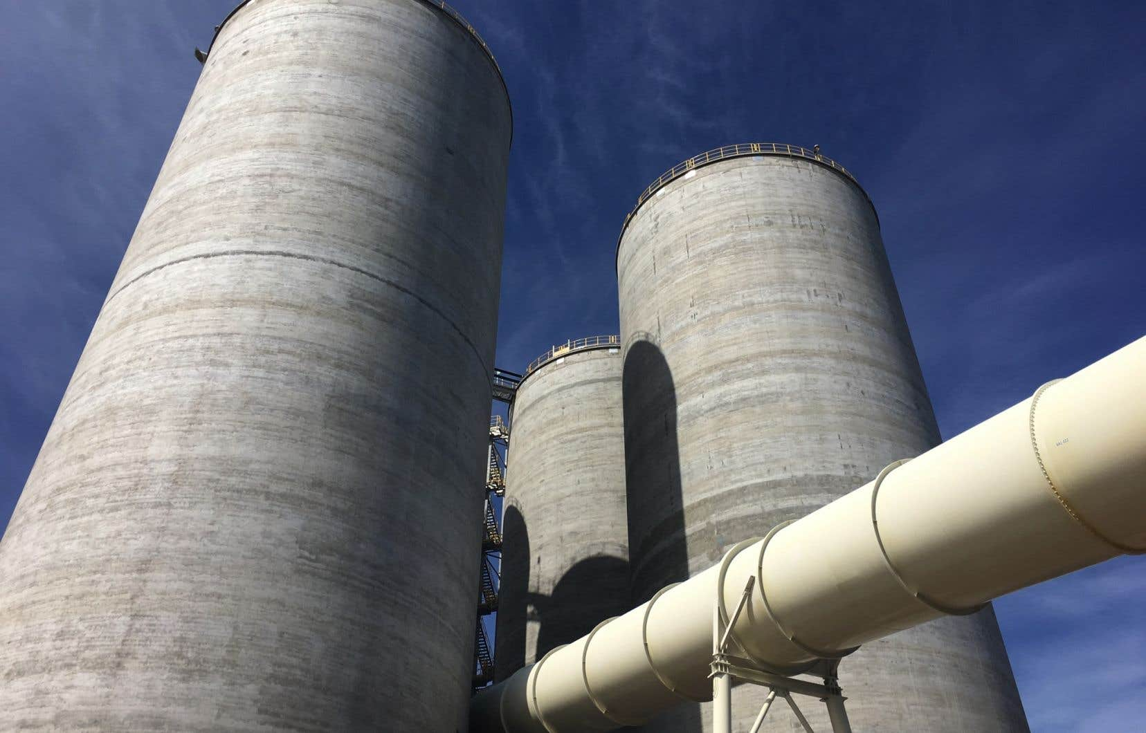Les différentes options évaluées incluraient la vente pure et simple de l'usine située en Gaspésie.