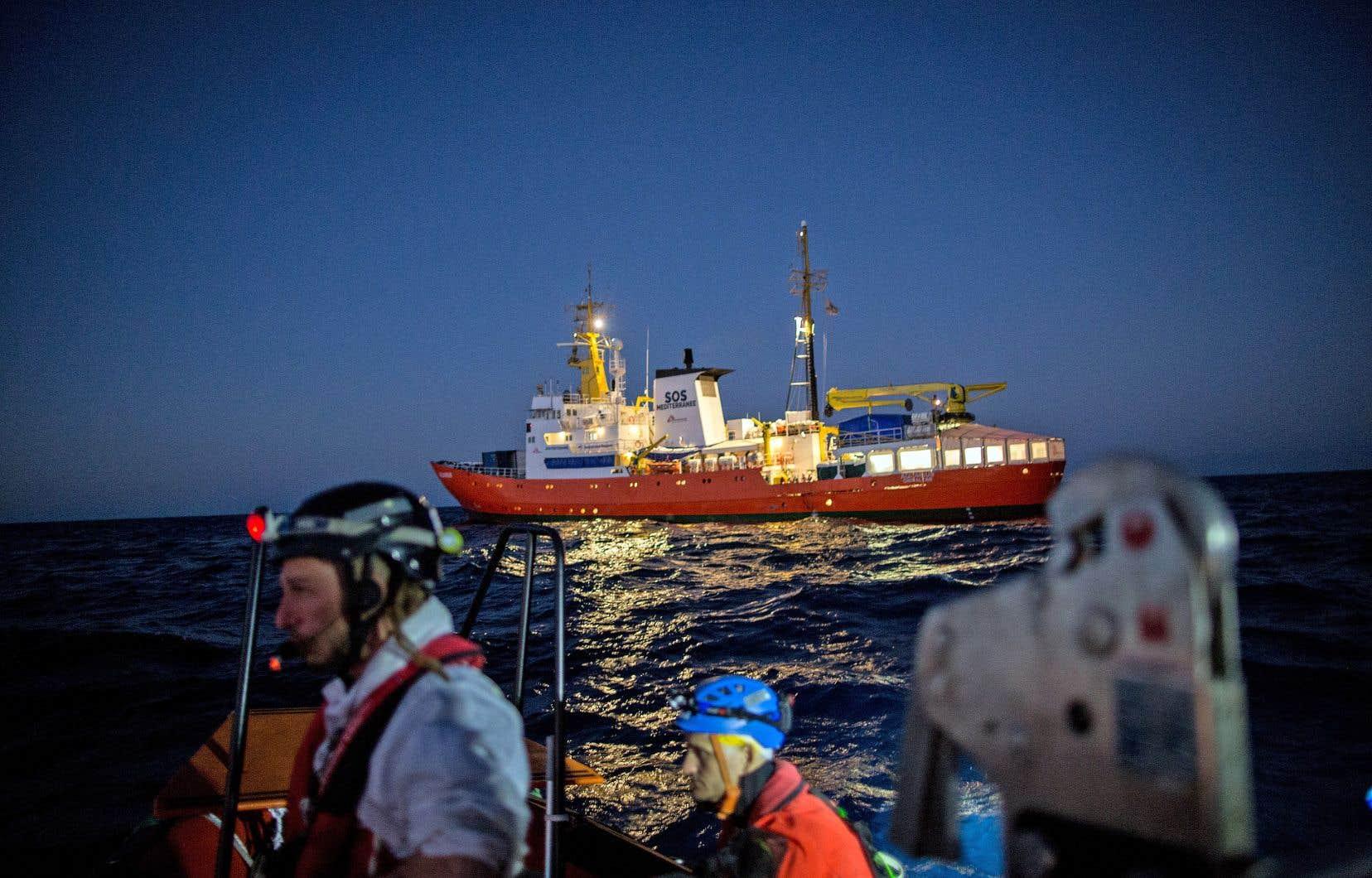 «L'Aquarius», photographié le 26décembre dernier au large des côtes libyennes