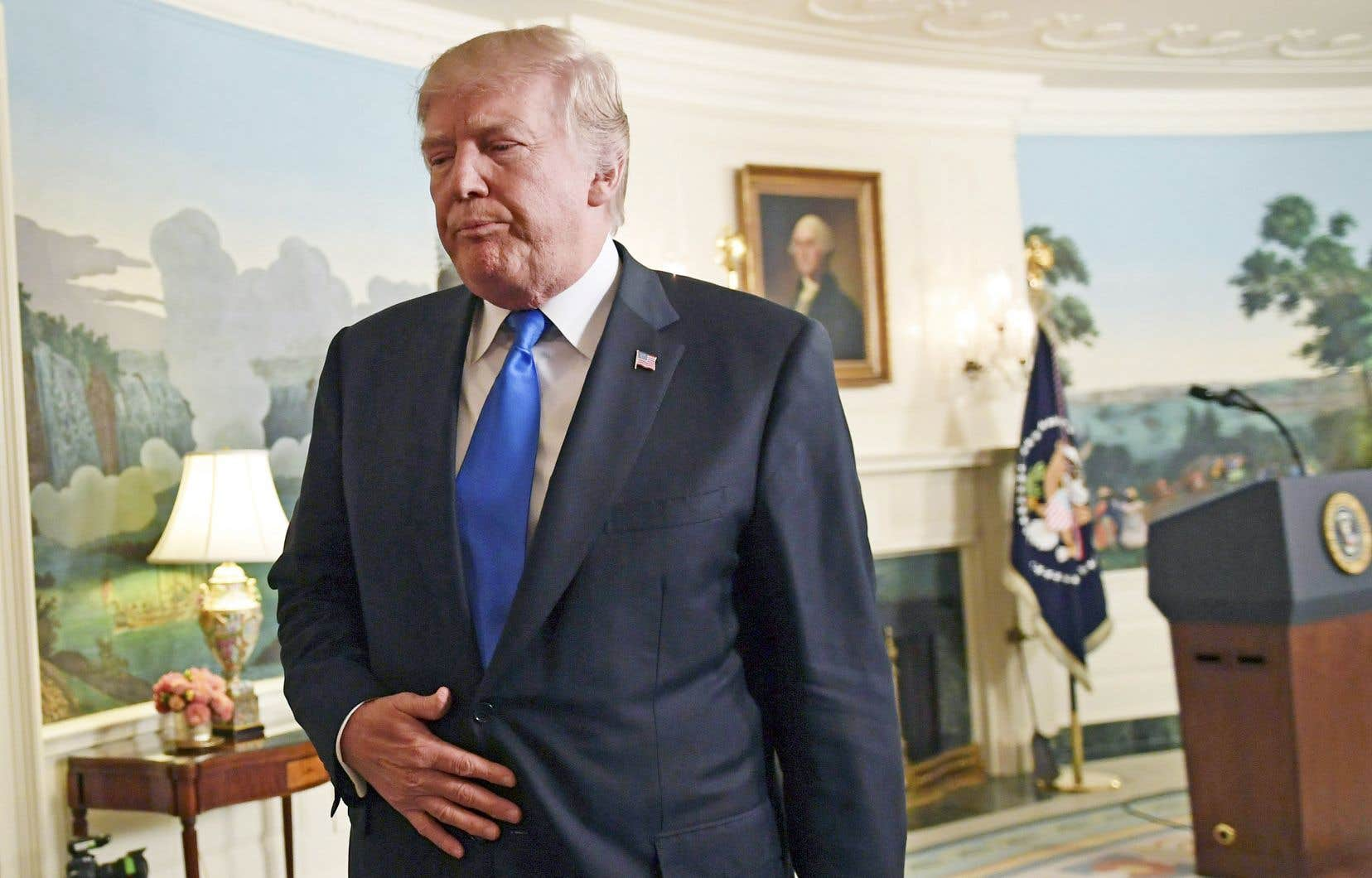 «Le langage que j'ai utilisé lors de la réunion était dur, mais ce ne sont pas les mots utilisés», a prétendu le président américain.