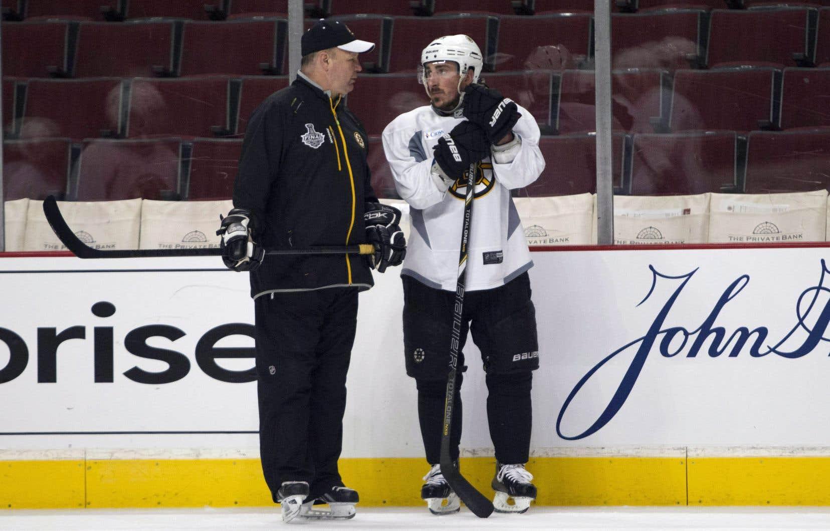 Avec Claude Julien, les Bruins ont gagné une première Coupe Stanley en 39 ans, en 2011.