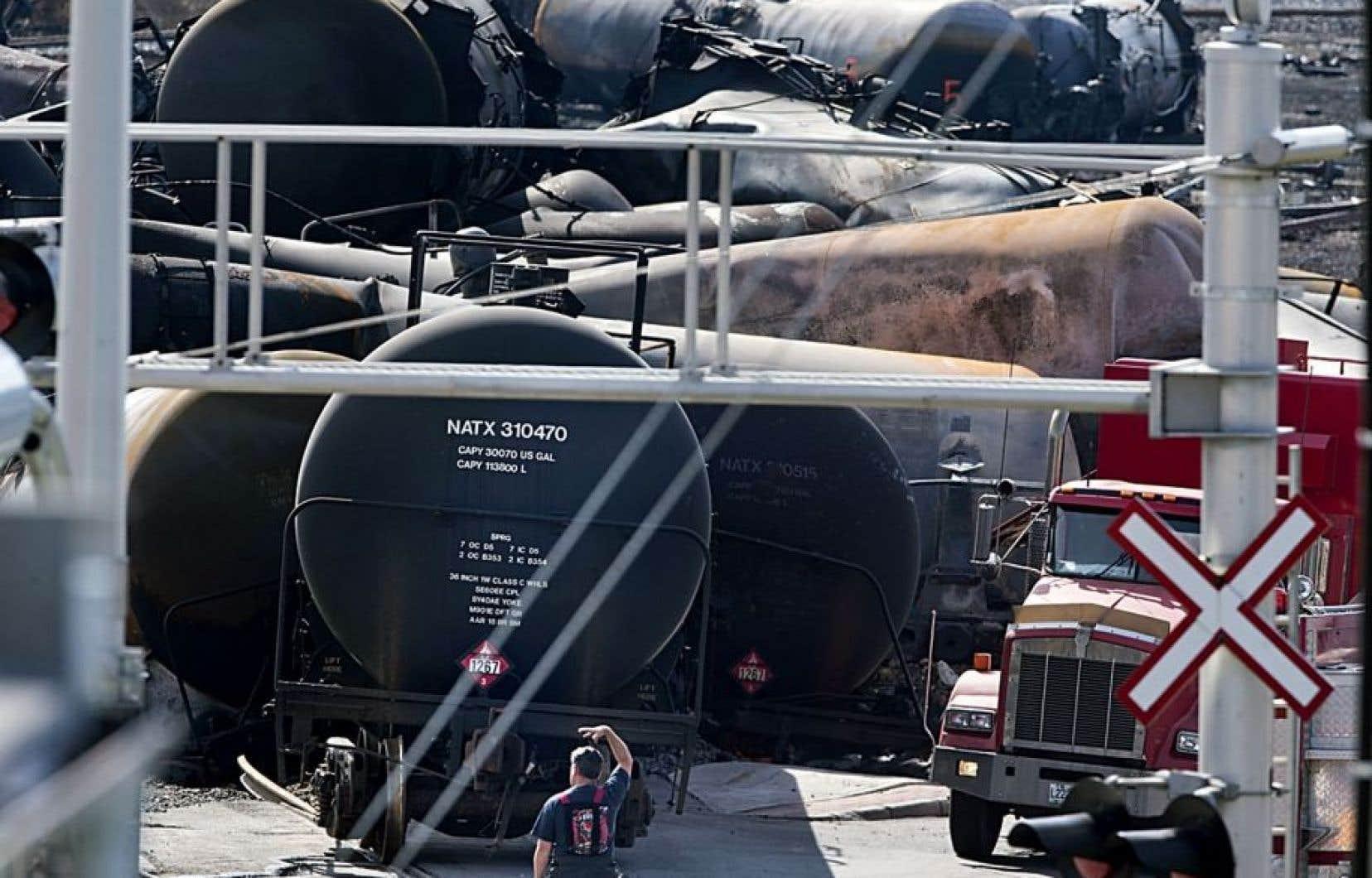 Un train de 72 wagons de pétrole brut eut déraillé au petit matin le 6juillet 2013.