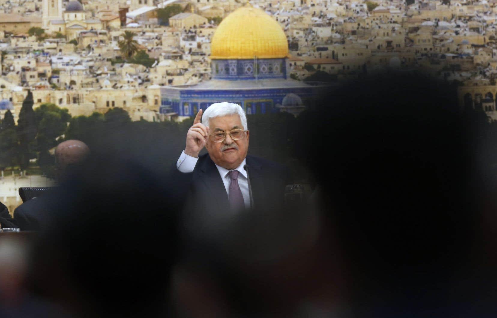 Le président palestinien, Mahmoud Abbas, avait auparavant affirmé que les États-Unis s'étaient disqualifiés comme intermédiaire dans les discussions de paix.