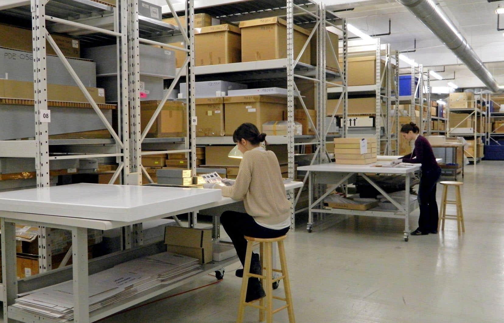 Les services d'archives du Centre canadien d'architecture font partie des 39 services d'archives privées agréés au Québec.