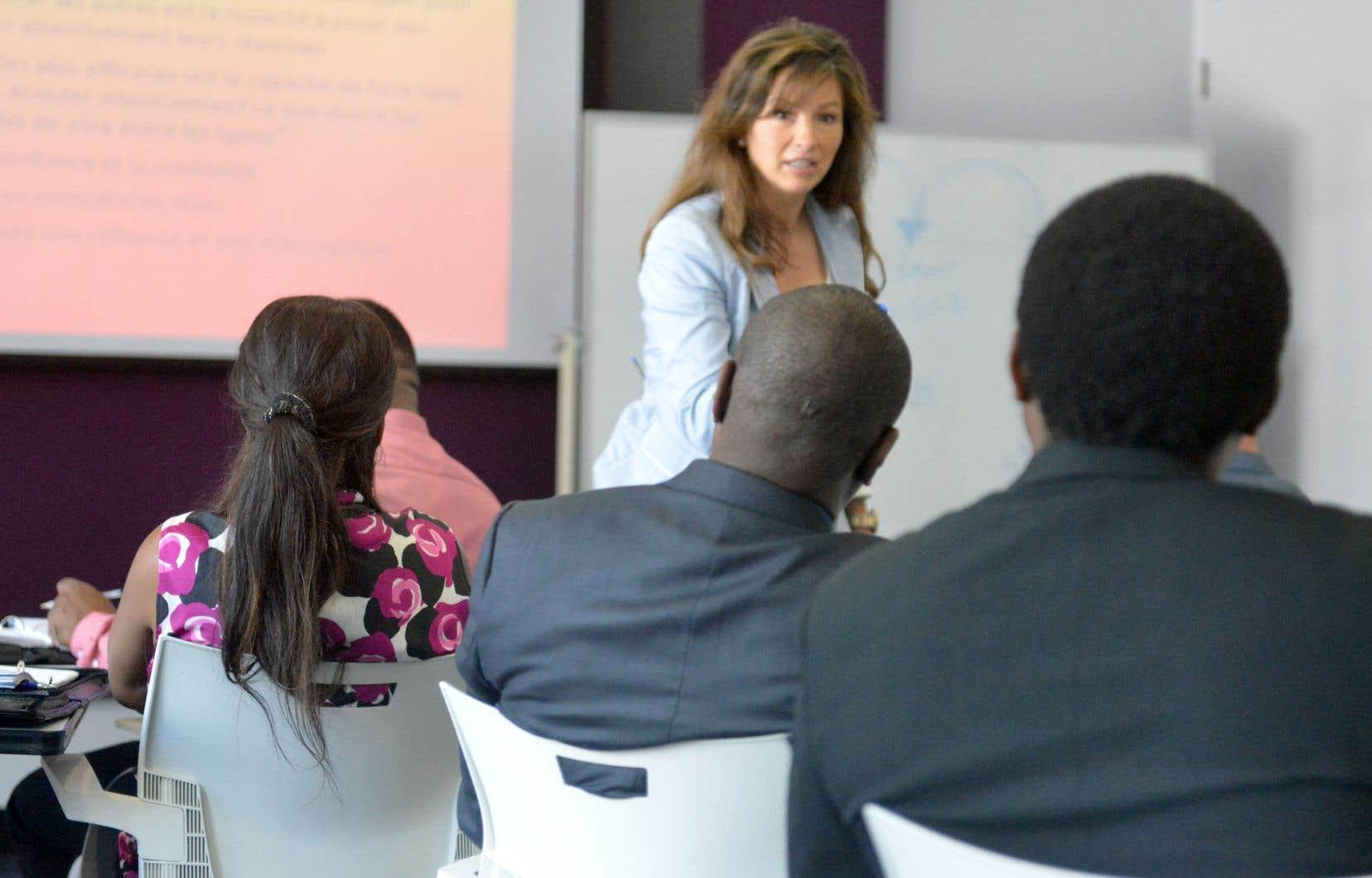 Le tiers des participants à la certification en leadership et habiletés de direction de l'Institut de leadership en gestion vient de l'extérieur du Canada.