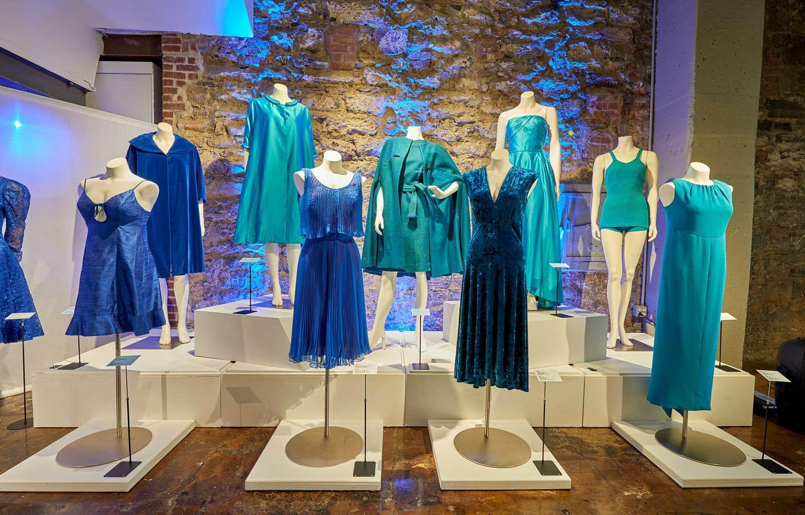 Les collections du Musée de la mode regroupent quelque 7000 vêtements et accessoires, principalement des XXe et XXIesiècles.
