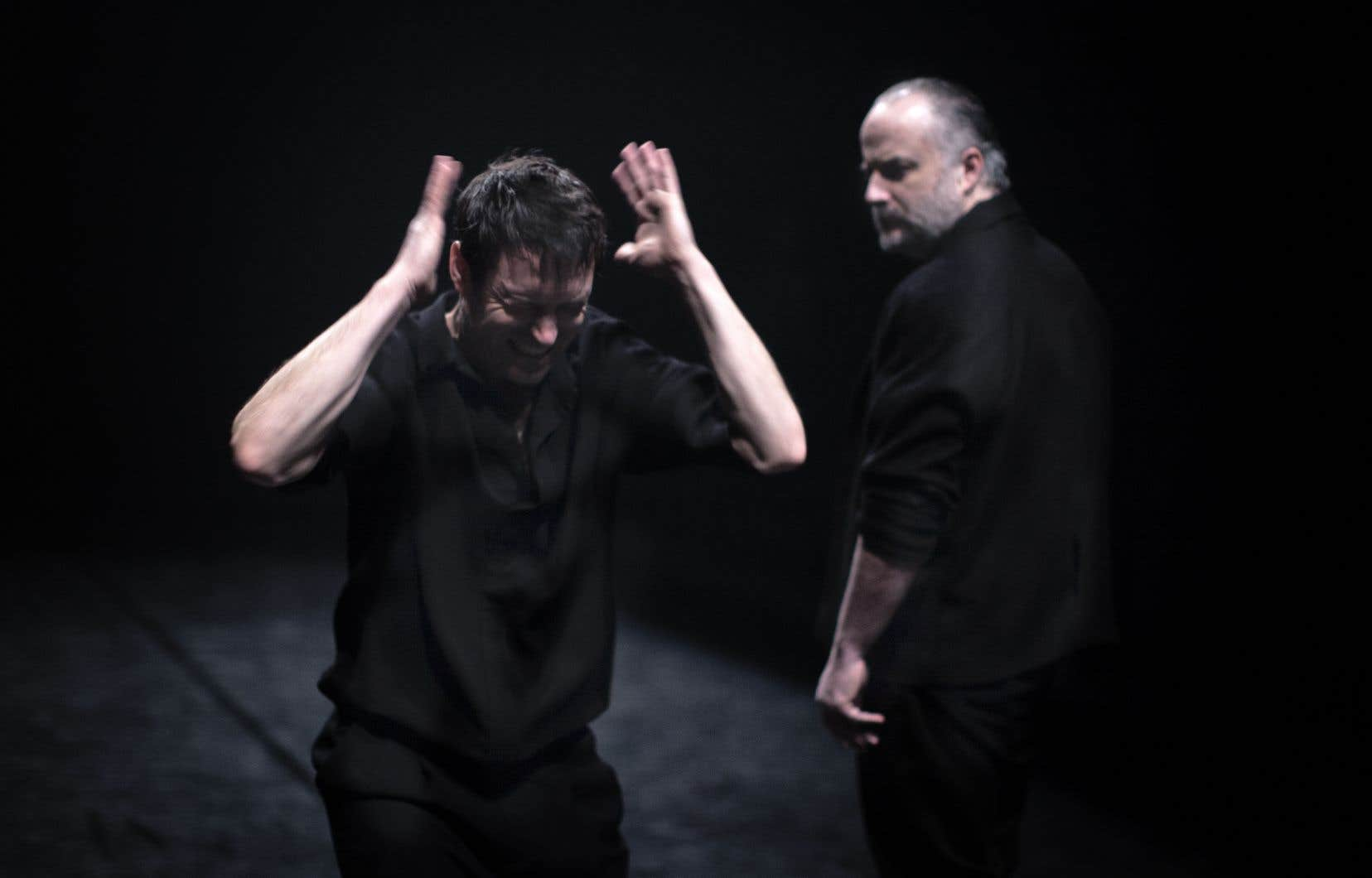 L'interprétation d'Hugues Frenette (à droite) est limpide et déliée, tandis que celle de Sébastien Ricard, portée par son phrasé distinctif, est d'une indéniable intensité, d'une redoutable efficacité.
