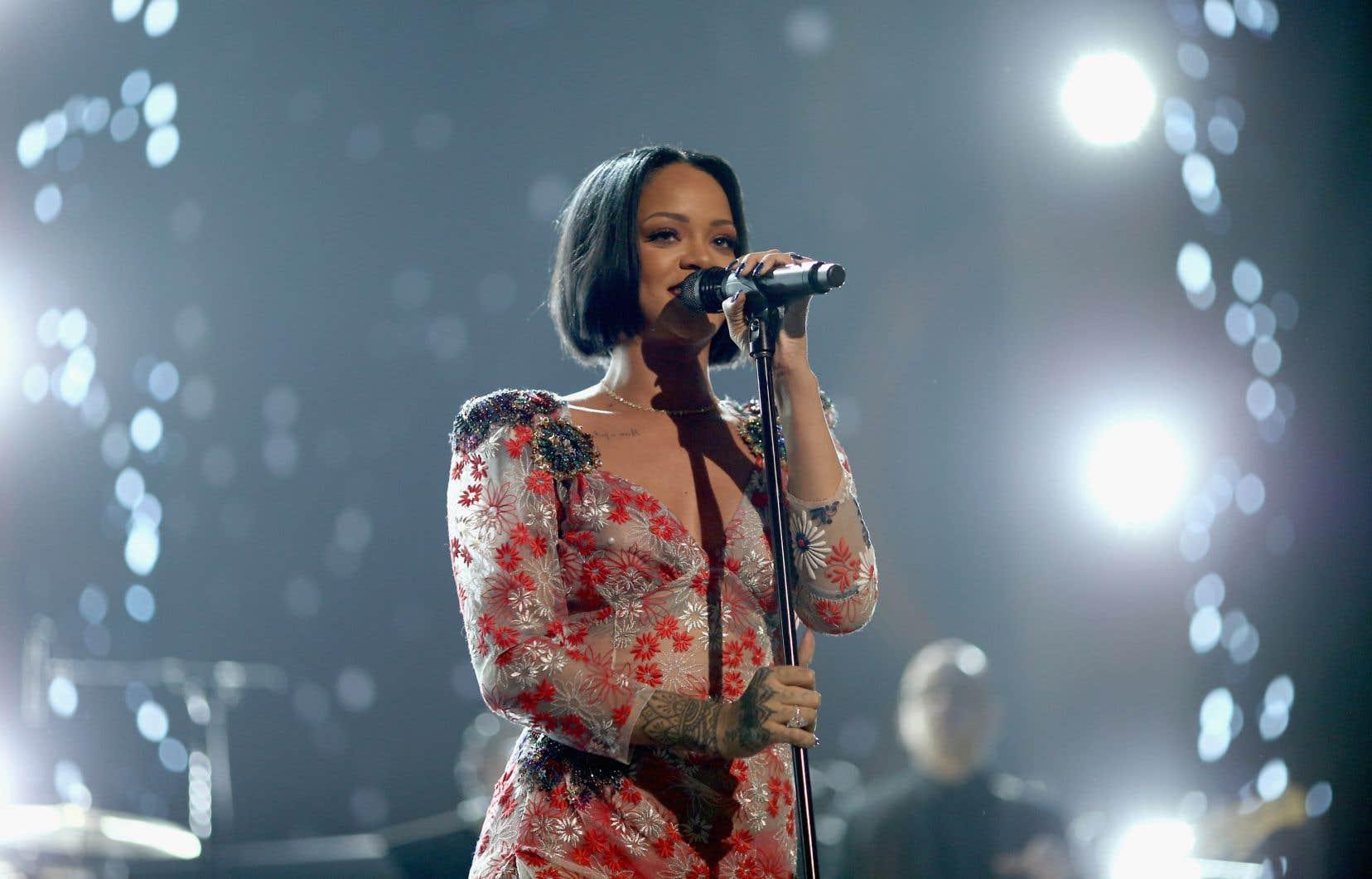 Si Rihanna et d'autres femmes ont bien fait dans les palmarès, celles-ci demeurent largement minoritaires dans l'industrie.