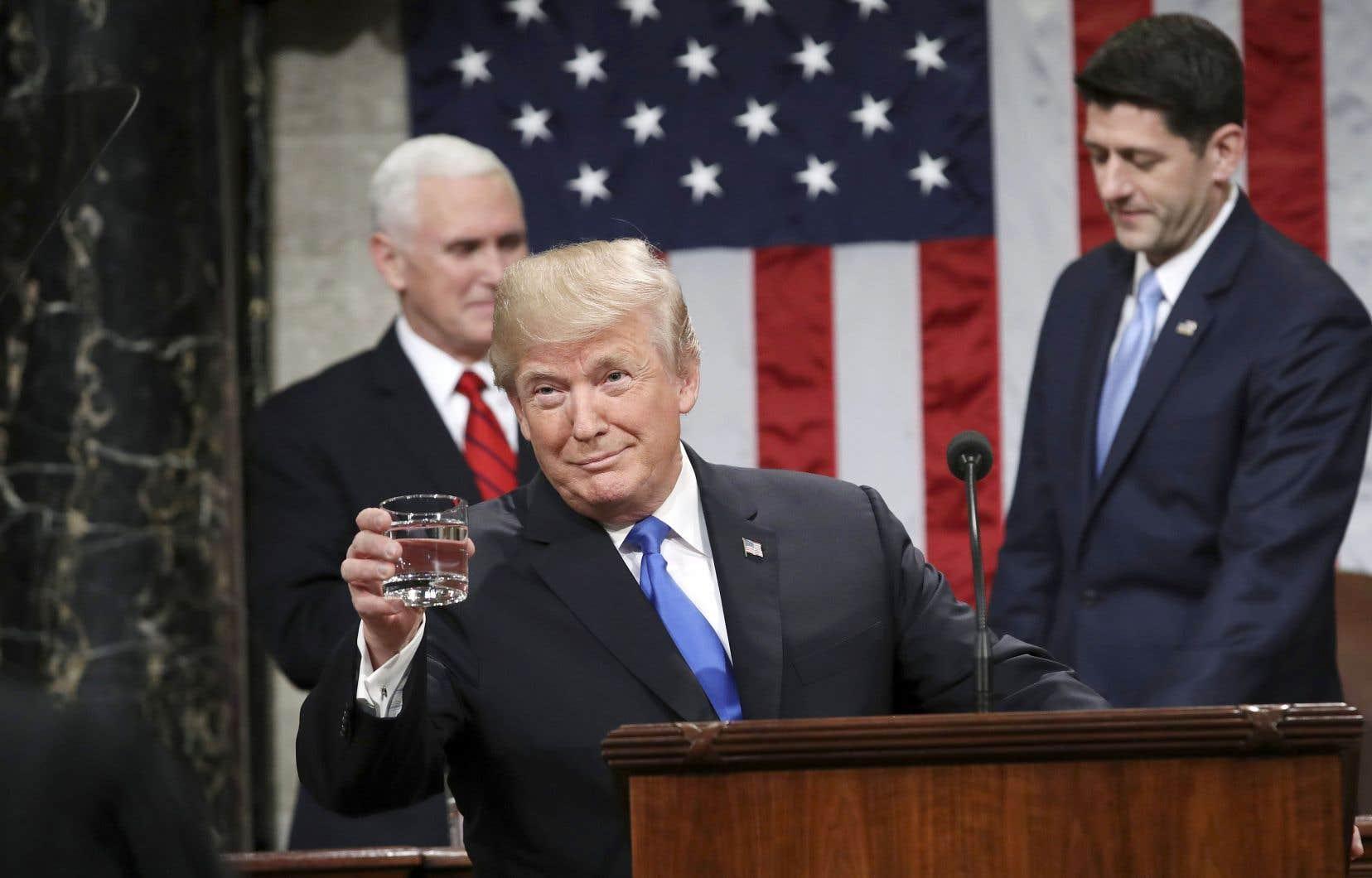 Donald Trump a livré son discours sur l'état de l'Union, mardi soir. Derrière lui, le vice-président, Mike Pence, et le président de la Chambre des représentants, Paul Ryan.