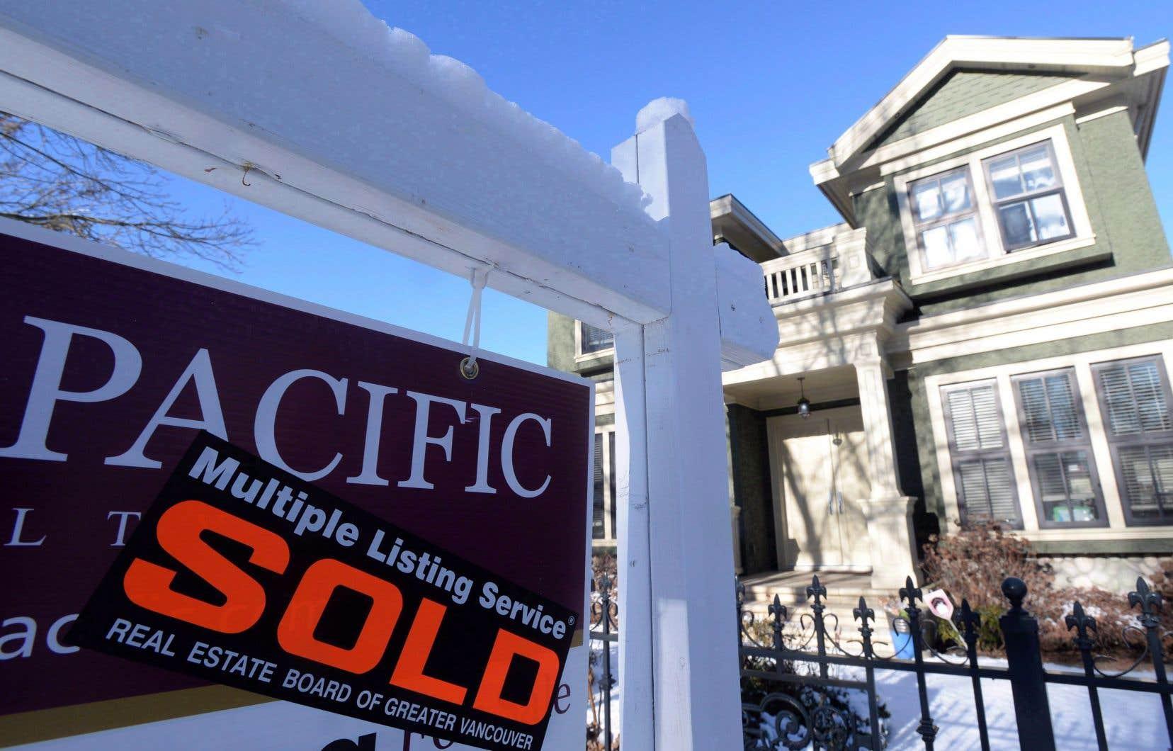 Cela fait maintenant deux ans que la Société canadienne d'hypothèques et de logement maintient au rouge son indice de vulnérabilité au Canada.