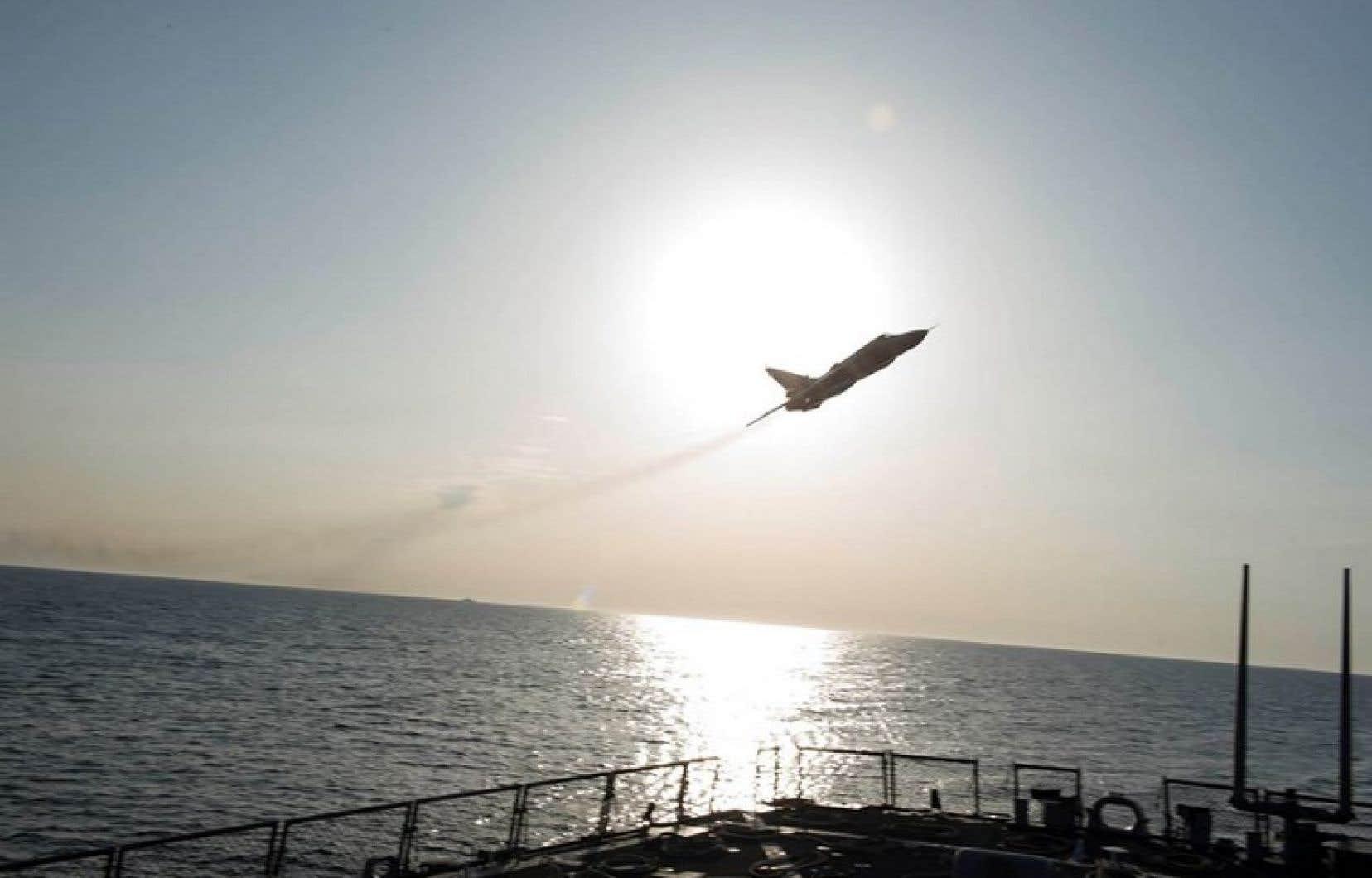 Des civils souffrent d'asphyxie — Bombardements en Syrie