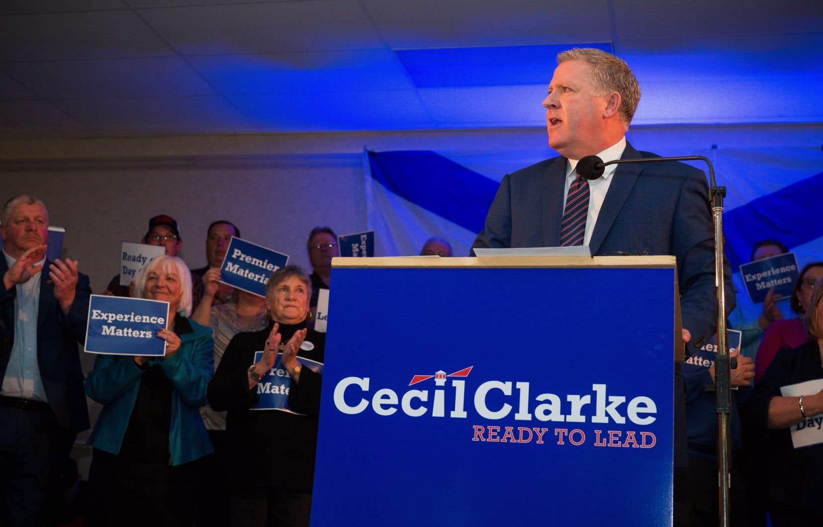 Cecil Clarke, le maire de la municipalité régionale de Cap-Breton
