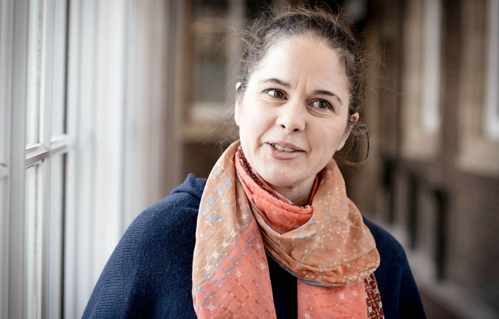 Roisin O'Connor a commencé à s'intéresser au lien entre la psychologie et la consommation d'alcool alors qu'elle était elle-même étudiante universitaire, au début des années 1990.
