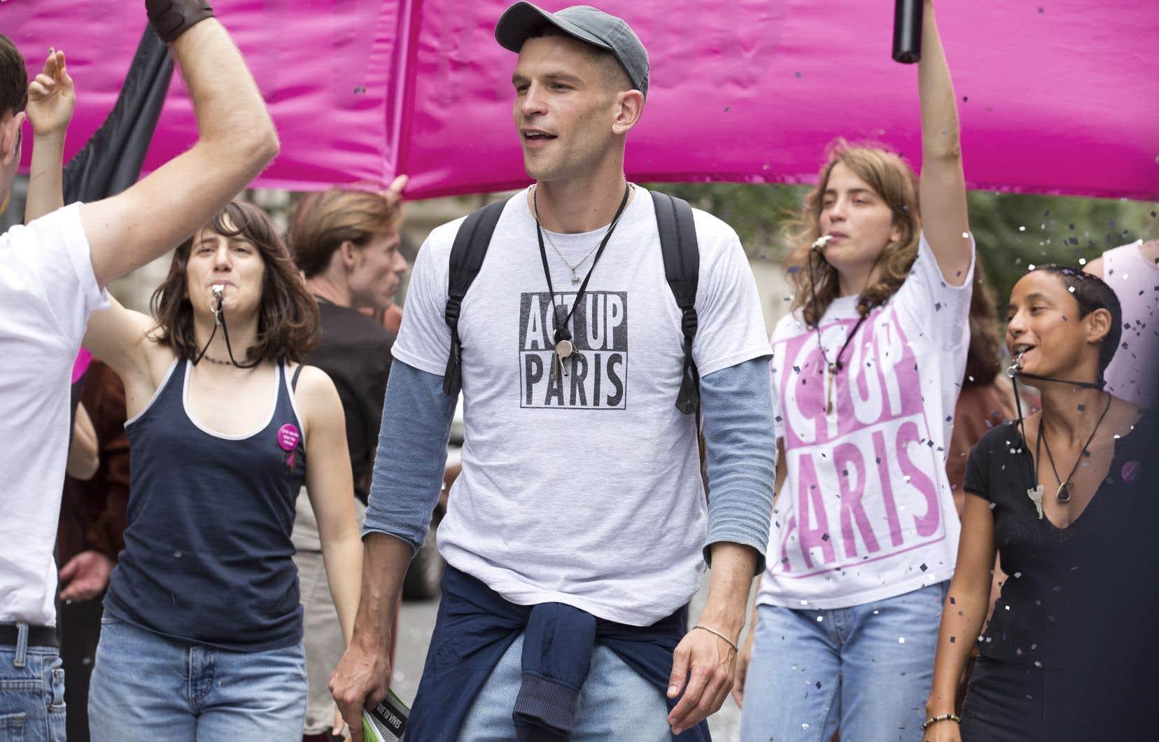 Le film «120 battements par minute» est une grande fresque sur les années sida en France à travers le combat de l'association Act Up.
