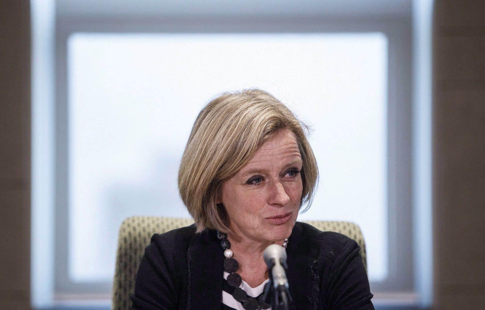 La première ministre de l'Alberta, Rachel Notley