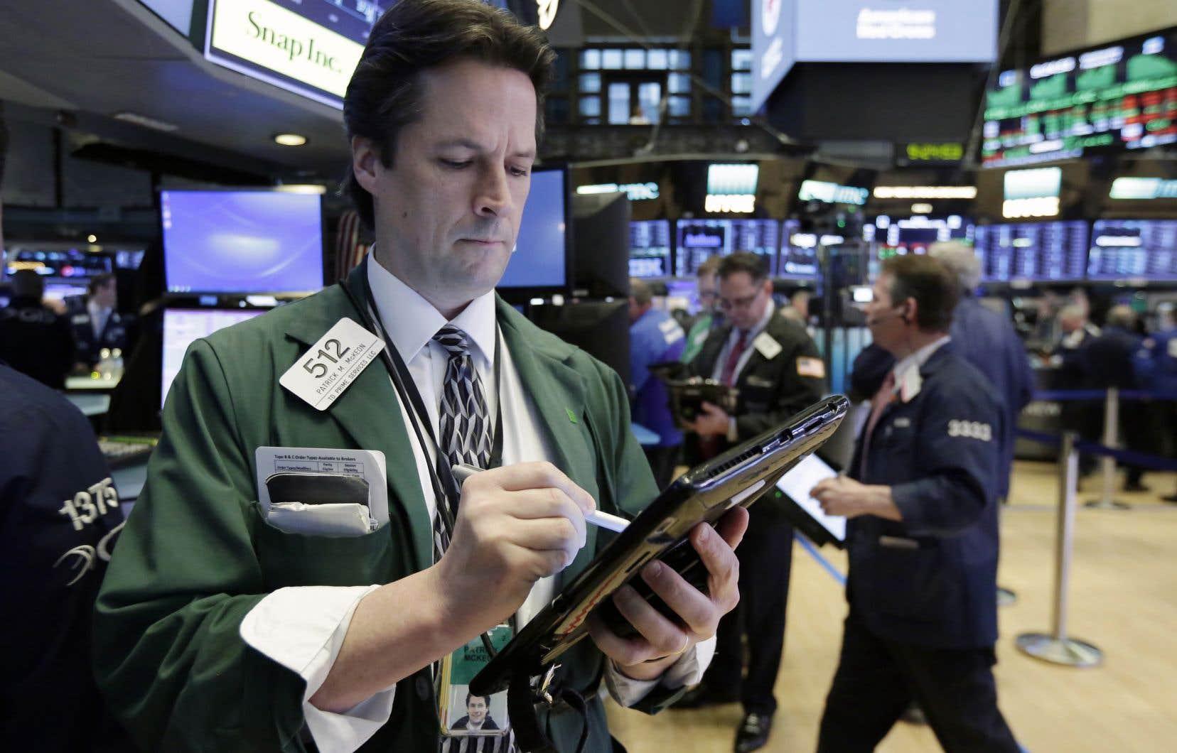 L'indice vedette de Wall Street, le Dow Jones, a cédé 0,1% à 24893,35 points.