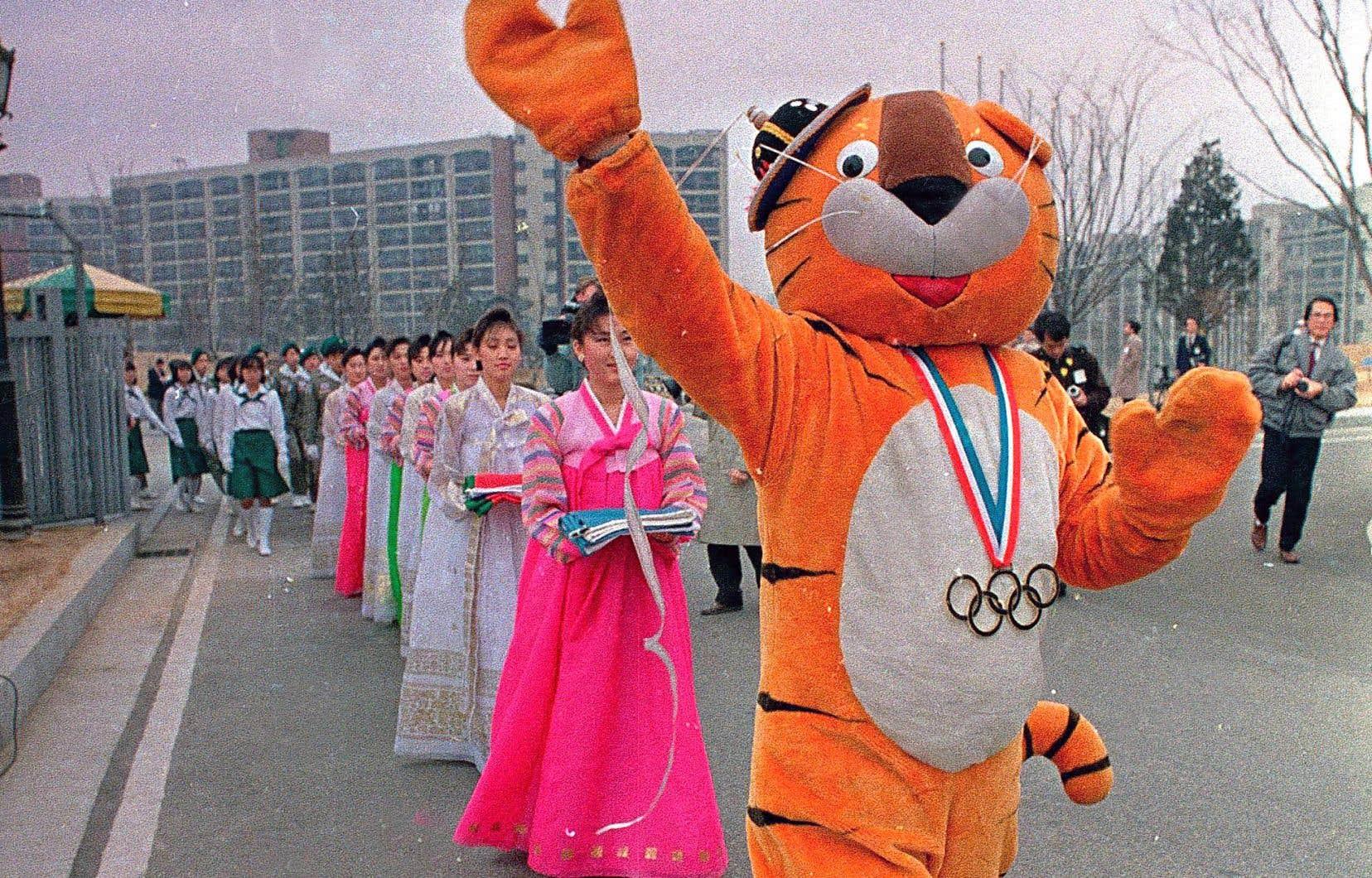 La Corée du Nord avait boycotté les Jeux de Séoul, en 1988, non sans avoir tenté un an auparavant de déstabiliser son voisin du Sud pour tenter de le conquérir.