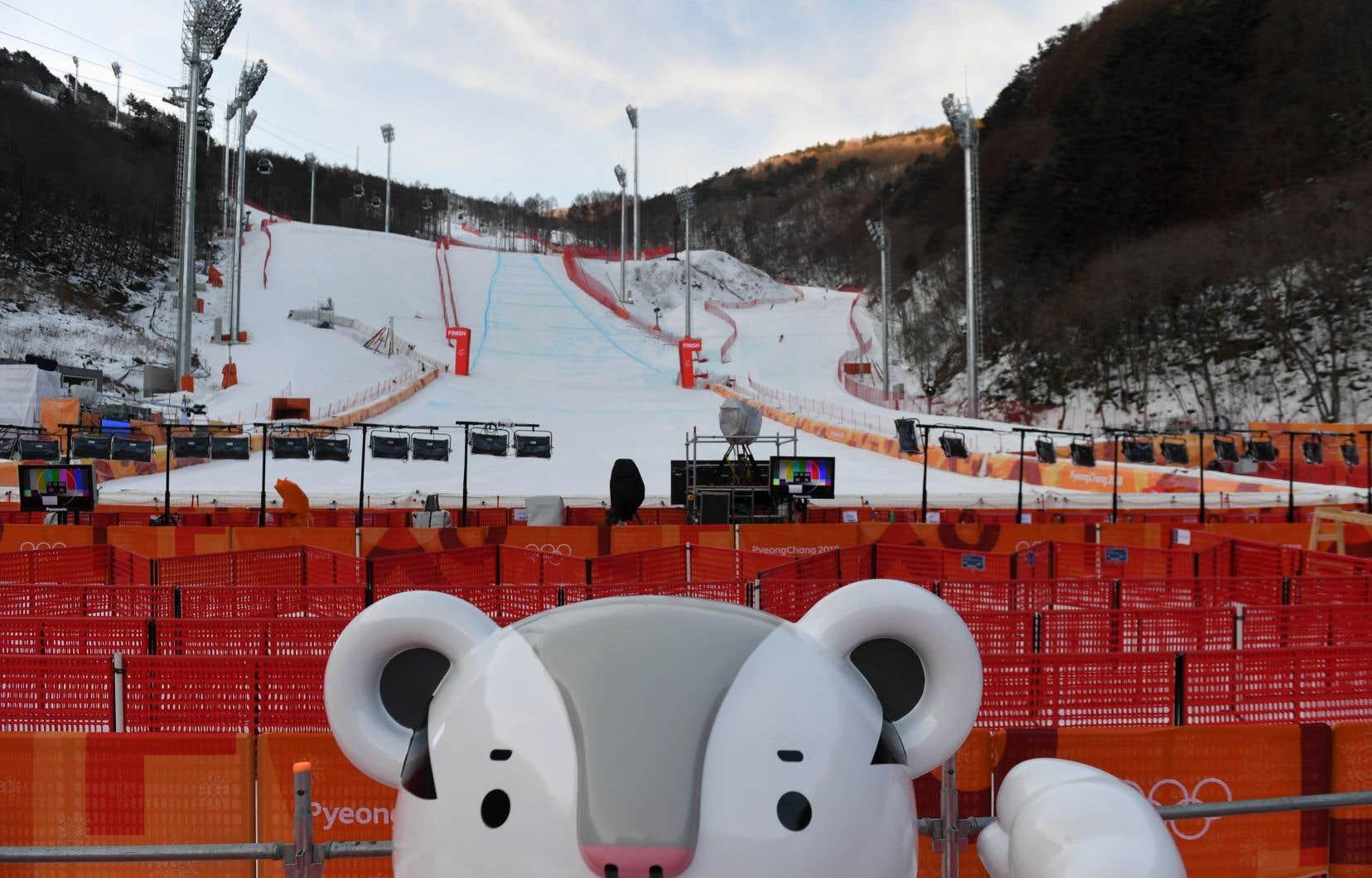 Le vent impose de reporter à jeudi la descente — Ski alpin