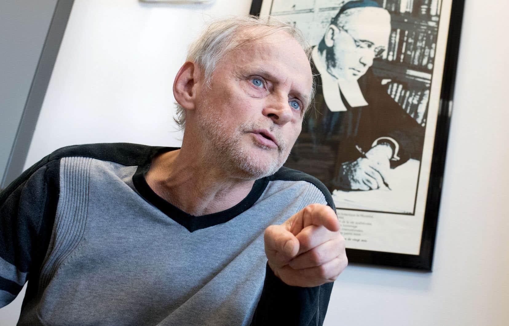 Le professeur et historien spécialisé dans la sociologie des sciences Yves Gingras travaille présentement à une biographie du frère Marie-Victorin.