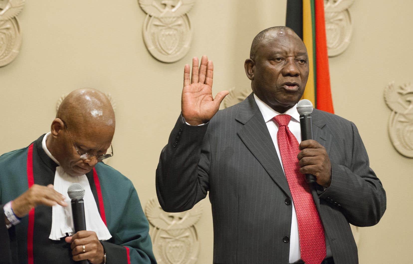 Sitôt élu, le nouveau président d'Afrique du Sud, Cyril Ramaphosa, s'est engagé devant les députés à éradiquer la corruption.