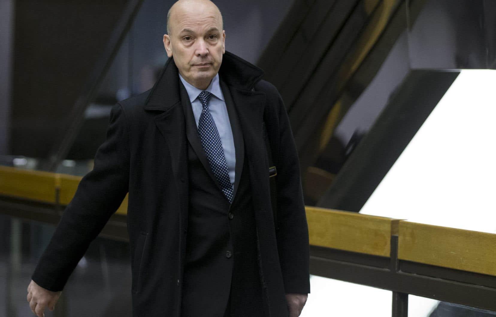 L'ancien président du comité exécutif de la Ville de Montréal Frank Zampino fait face à des accusations de fraude, de complot et d'abus de confiance.