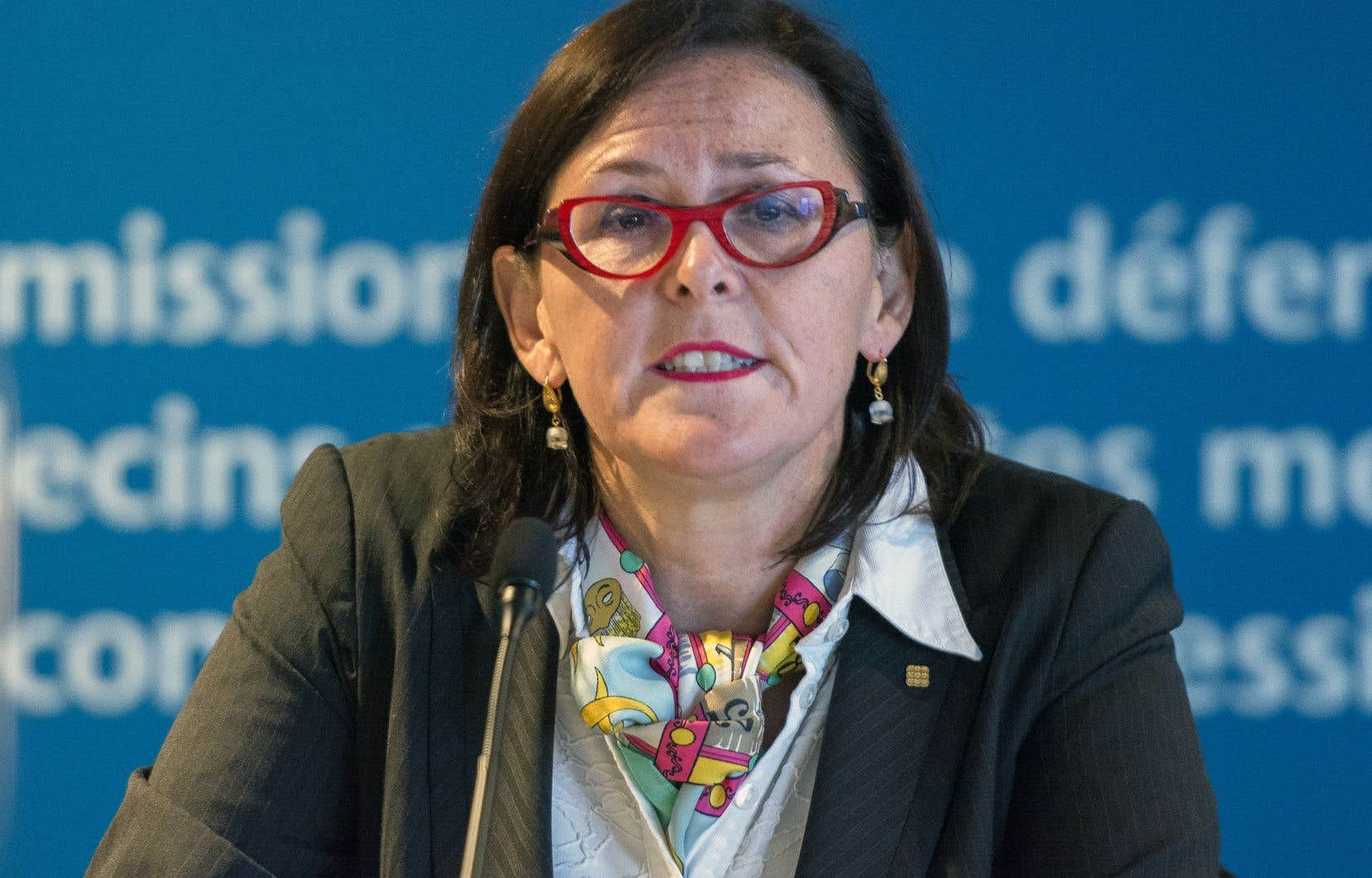 Diane Francœur, présidente de la FMSQ, n'apprécie guère le travail des journalistes qu'elle accuse de déformer la réalité.