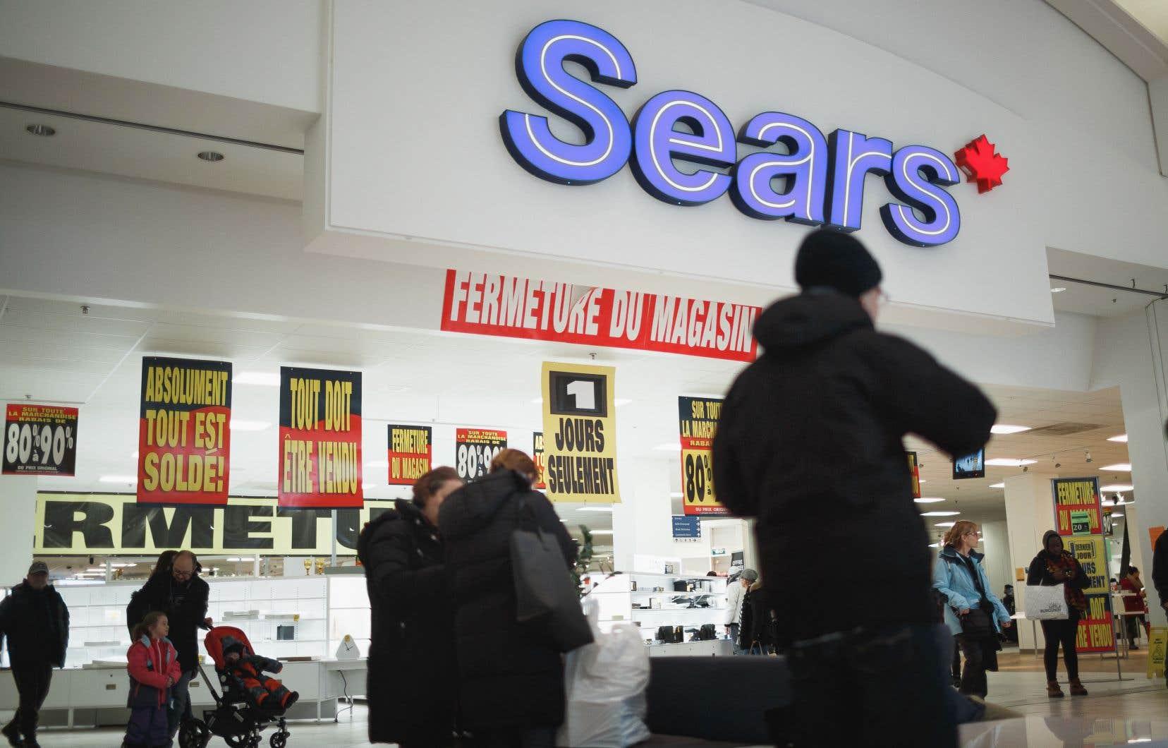 La fermeture soudaine de Sears, qui a touché 16000 personnes, semble avoir déclenché une réflexion à Ottawa.