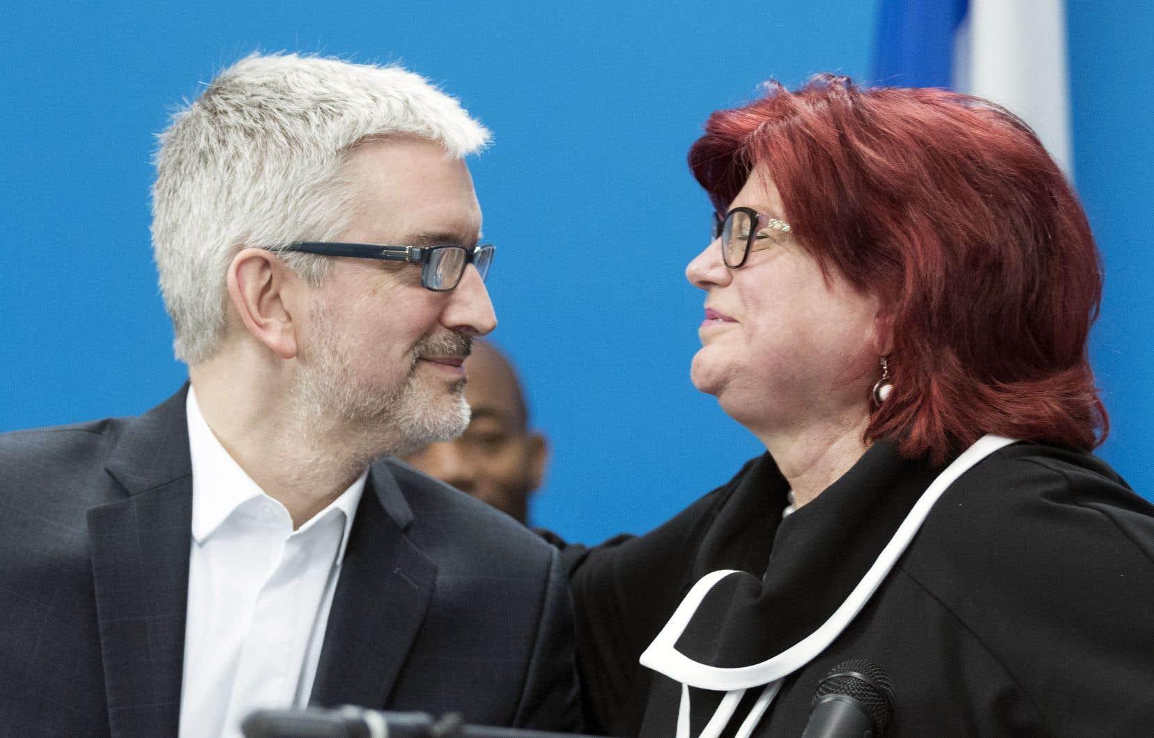 Nicole Léger, qui cumule 22ans de vie politique, estime que Jean-Martin Aussant a tous les atouts qu'il faut pour représenter Pointe-aux-Trembles à l'Assemblée nationale.