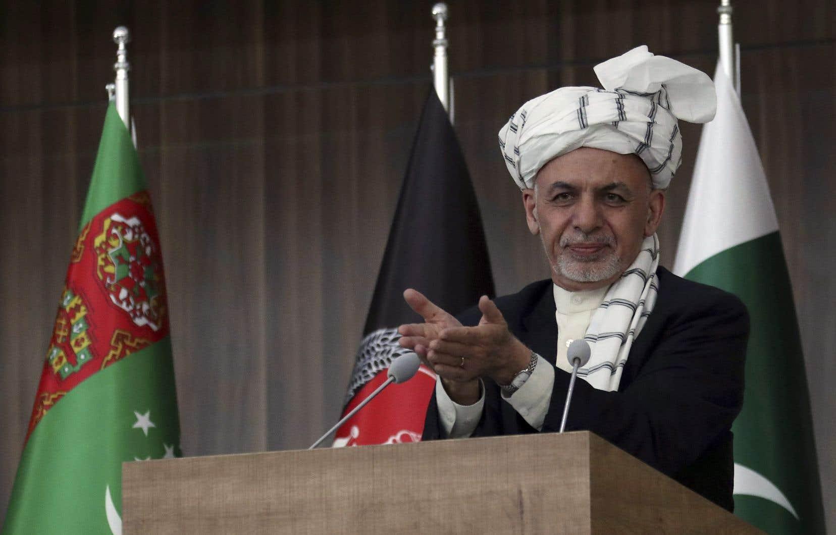 Le président Ghani a tendu la main aux insurgés, laissant entrevoir aux talibans un rôle institutionnel en tant que parti politique.