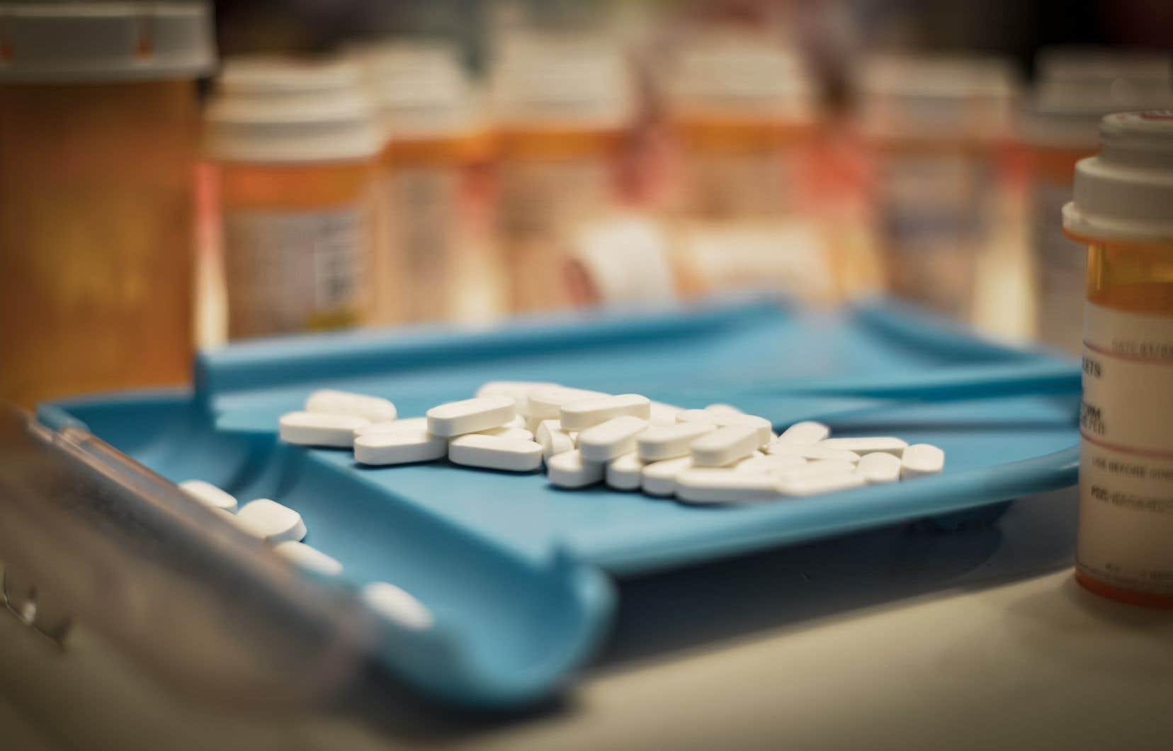 Le Canada traverse une crise des opioïdes, avec 2861 décès dus à une surdose en 2016 et plus de 4000 en 2017.
