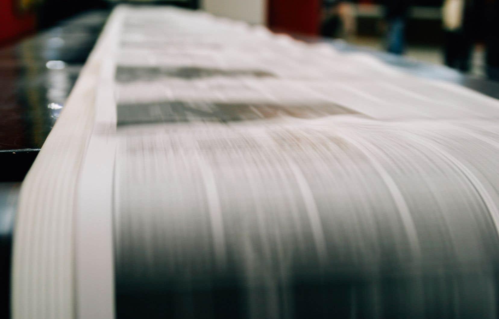 Selon le département du Commerce, les Canadiens ont exporté aux États-Unis pour environ 1,6milliard de dollars de papier journal en 2016.