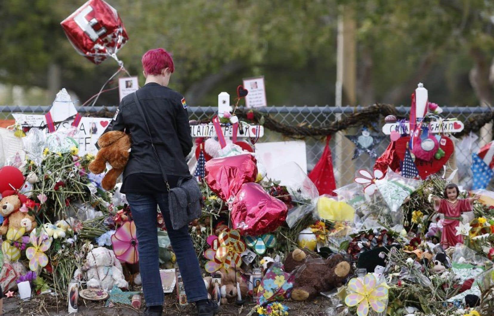 Nikolas Cruz a fait 17 morts il y a un mois dans une école secondaire de Parkland.
