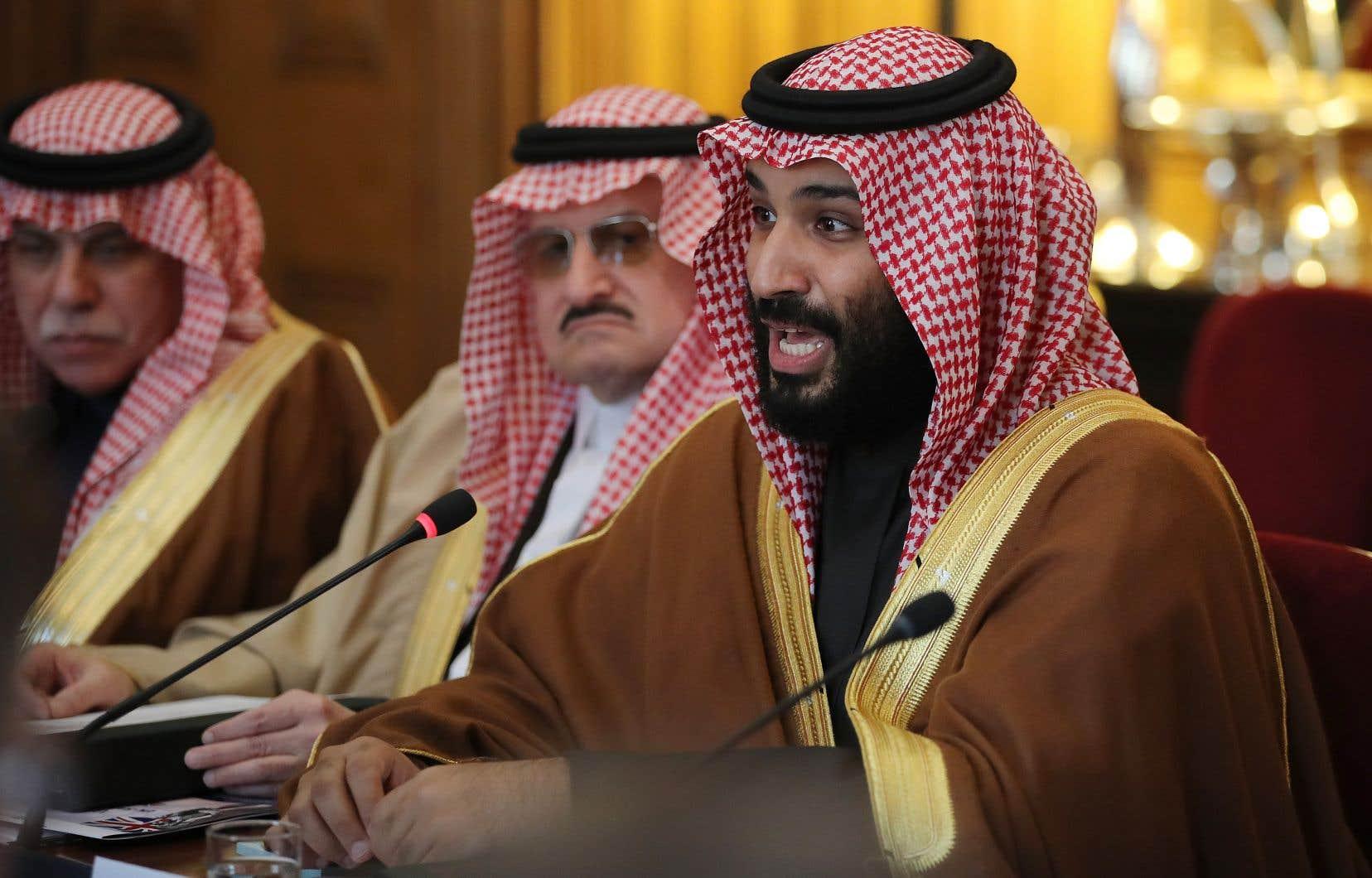 «L'Arabie saoudite ne veut pas se doter d'une arme nucléaire, mais si l'Iran développe une bombe nucléaire, nous suivrons la même voie le plus vite possible», a prévenu le prince héritier saoudien Mohammed ben Salmane.<br />
