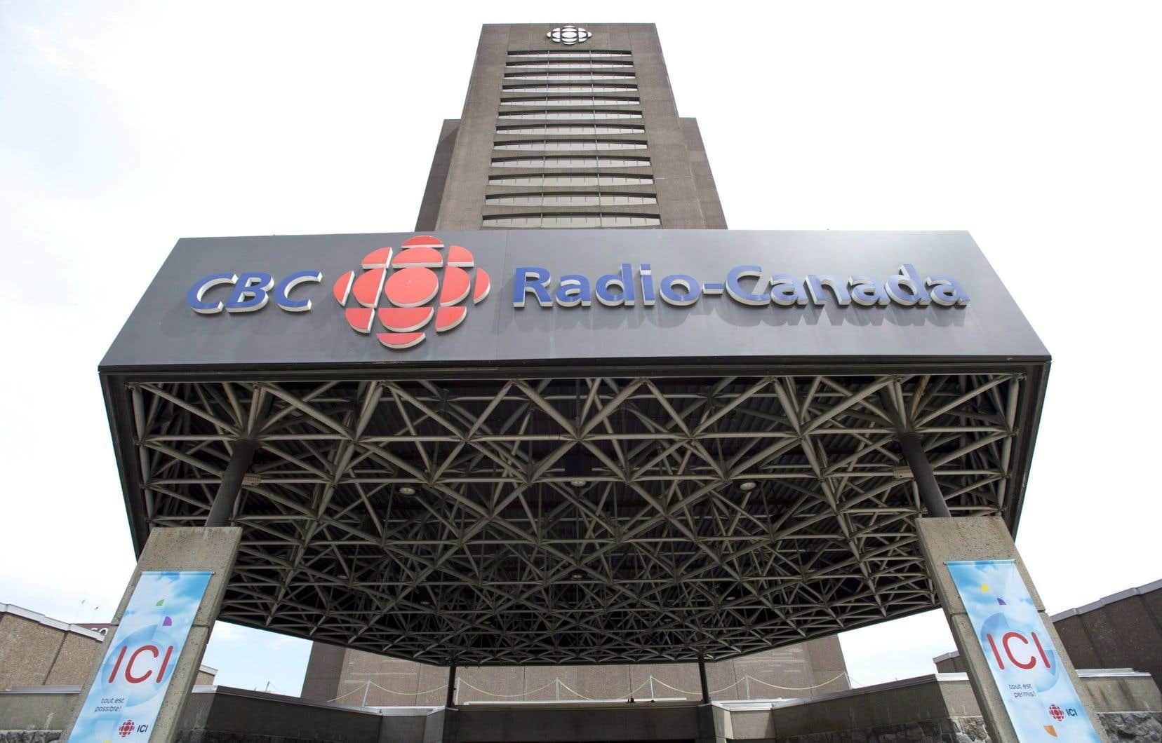 La direction de l'information de Radio-Canada Ottawa/Gatineau dit soutenir entièrement son journaliste