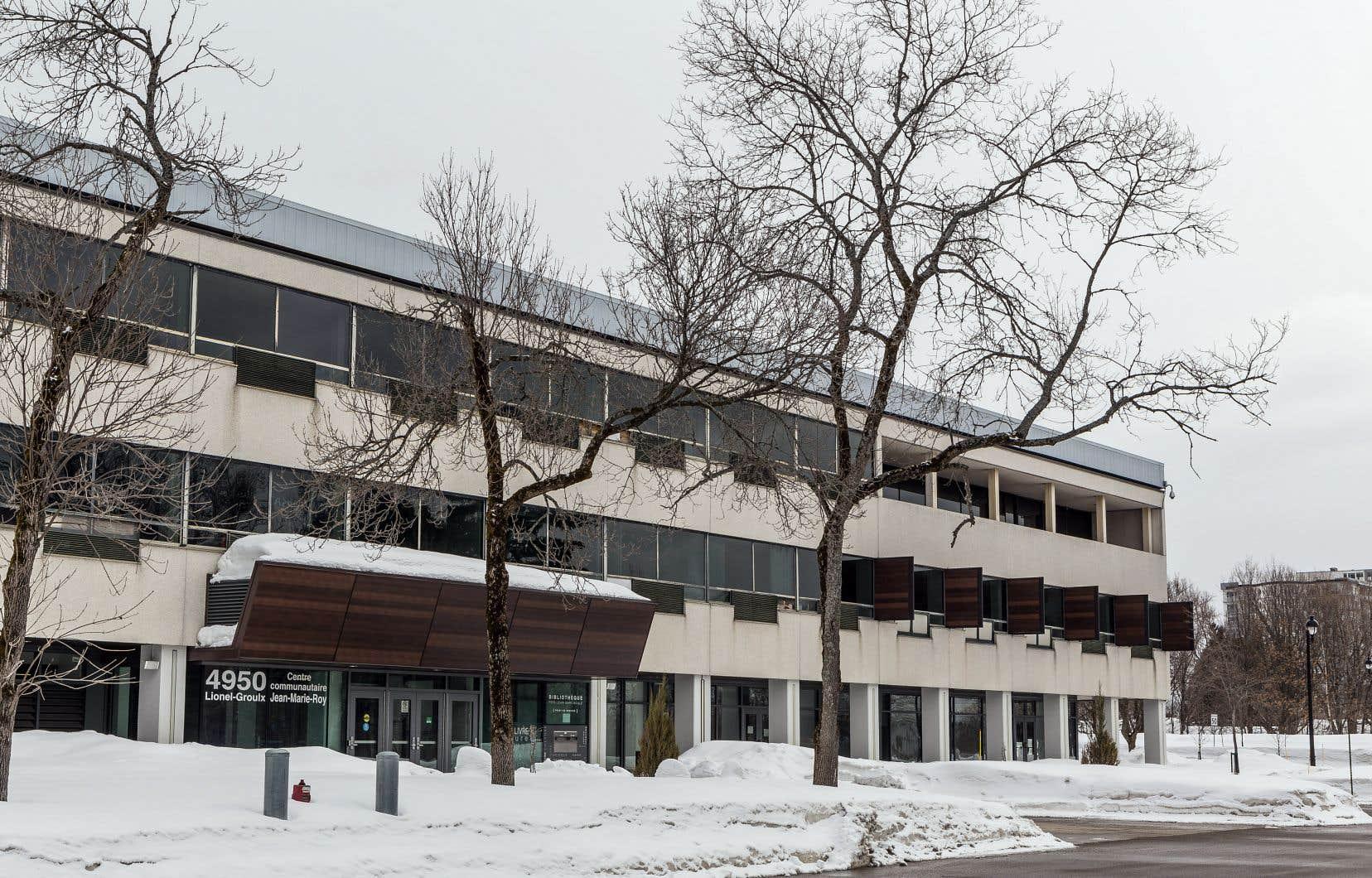 Le bâtiment, créé par l'architecte Jean-Marie Roy, doit être détruit afin de soulager les finances de Saint-Augustin-de-Desmaures.