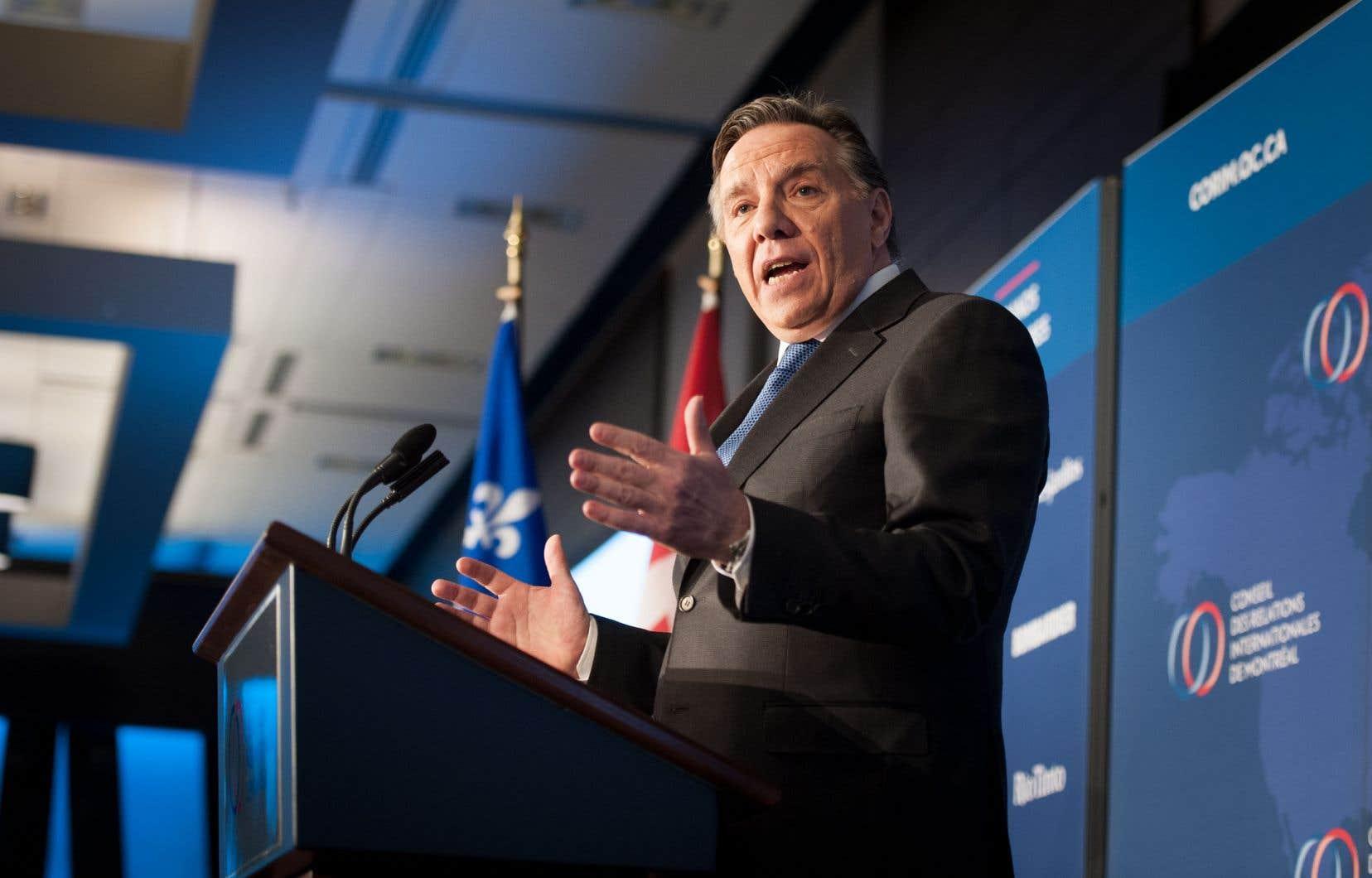 Le chef de la Coalition avenir Québec, François Legault, prenait la parole lundi lors d'un déjeuner-causerie organisé par le Conseil des relations internationales de Montréal.