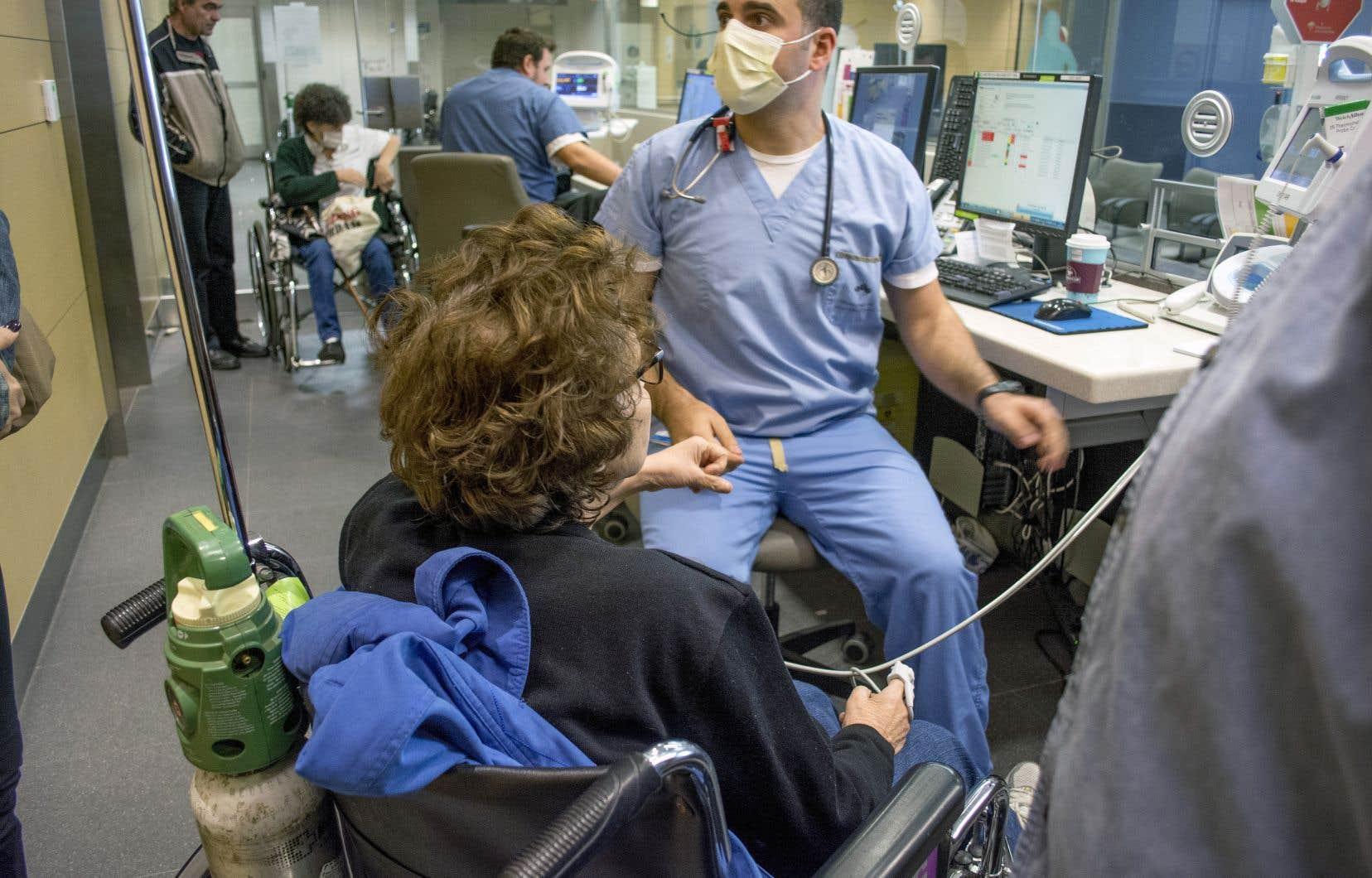 Former des médecins à porter un regard différent sur leurs valeurs et leur pratique, c'est aussi leur permettre d'être, à terme, plus à l'écoute de leurs patientes et patients.