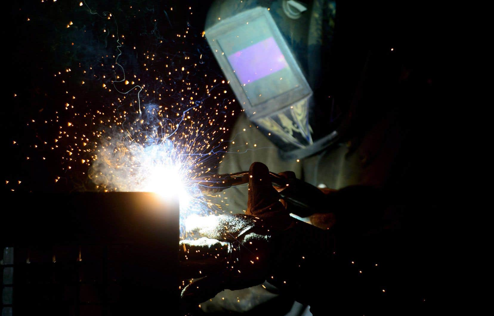Donald Trump a signé début mars l'instauration de ces taxes de 25% sur les importations d'acier et de 10% sur les importations d'aluminium.