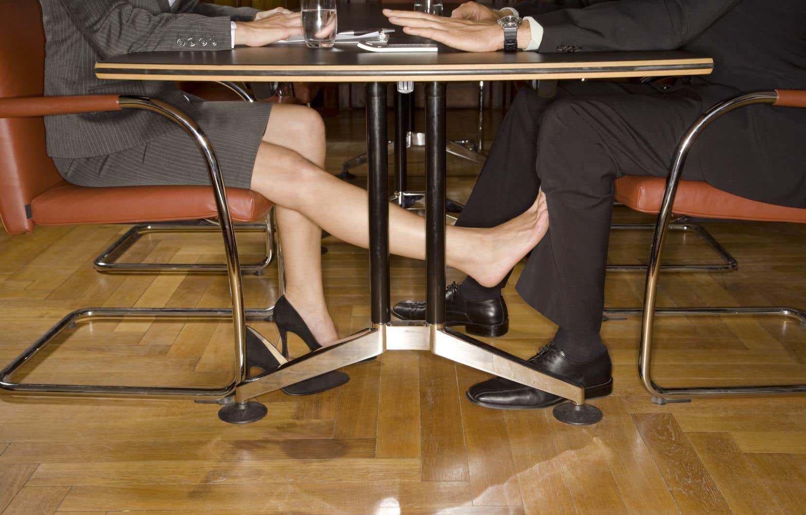 Selon une étude, la manipulation est également une arme de coercition très utilisée par les femmes pour forcer un homme à avoir un contact sexuel.