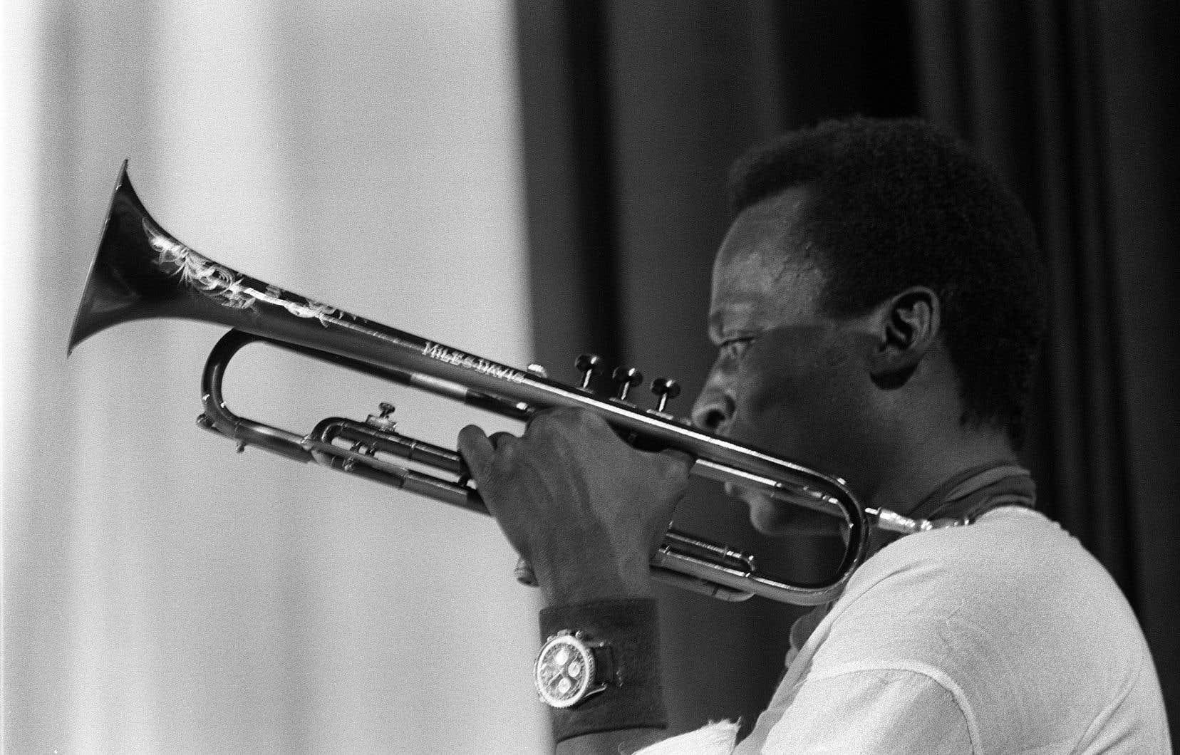 Miles Davis en performance dans les années 1960