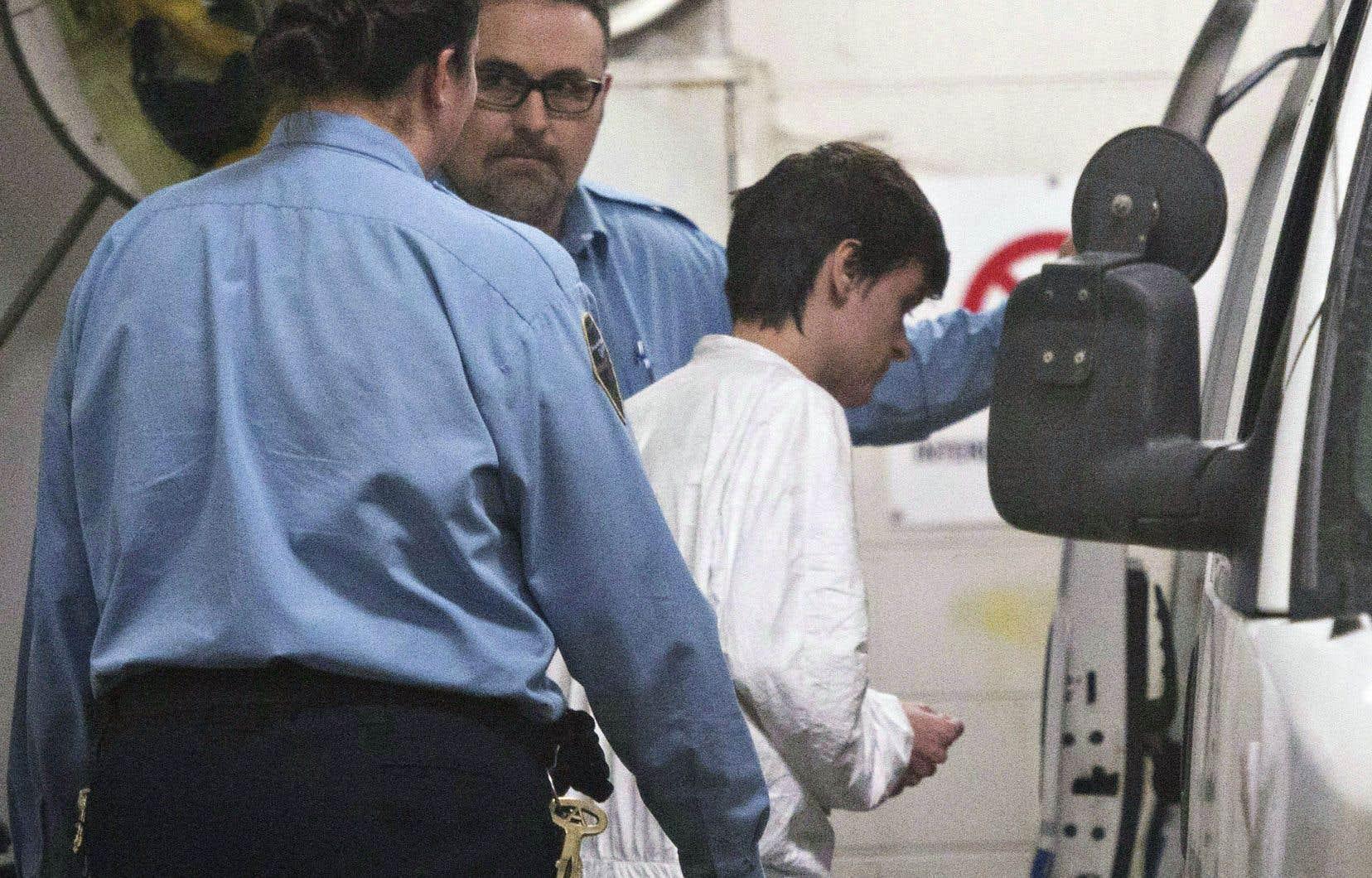 Alexandre Bissonnette, en plaidant coupable aux accusations pesant contre lui, s'expose à une peine de prison de 150 ans.