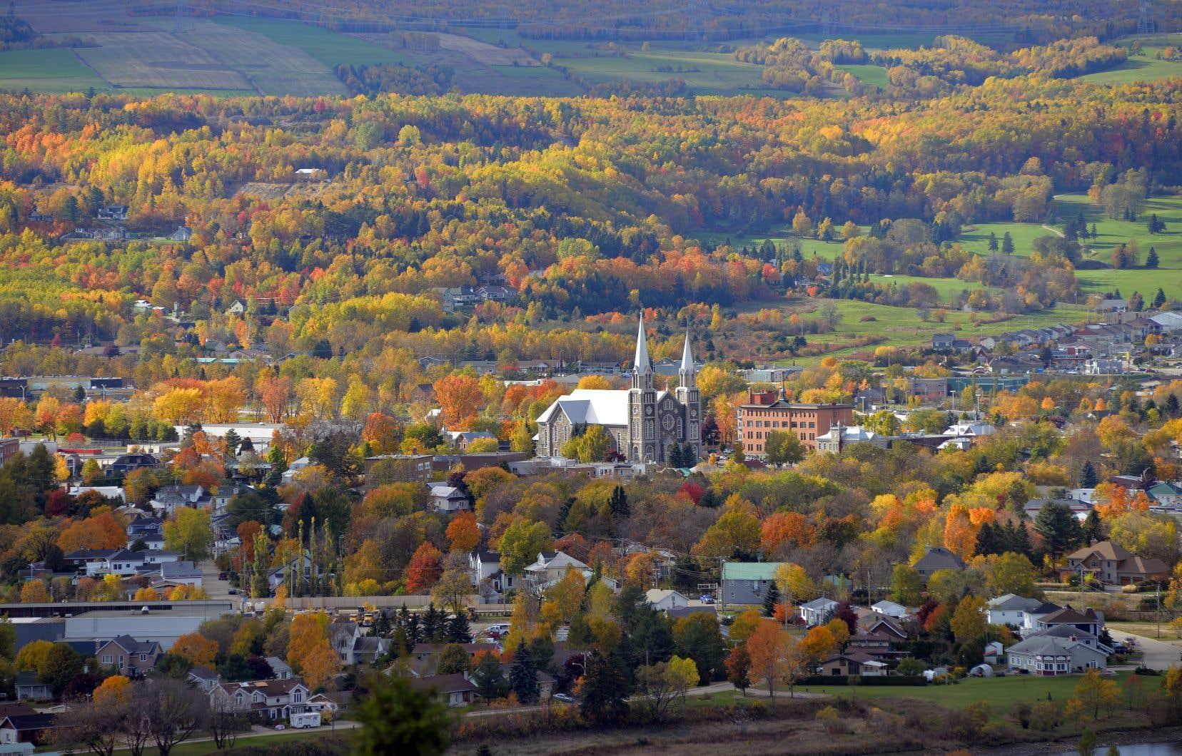Une proportion de seulement 26,5% des immigrants s'établissent à l'extérieur des grands centres que sont Montréal, Québec et Laval.