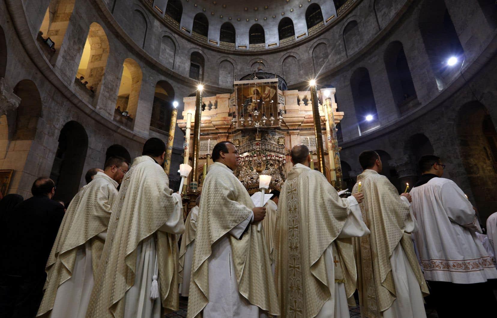 Le Saint-Sépulcre se trouve à Jérusalem-Est, dans la Vieille ville, occupée et annexée par Israël.