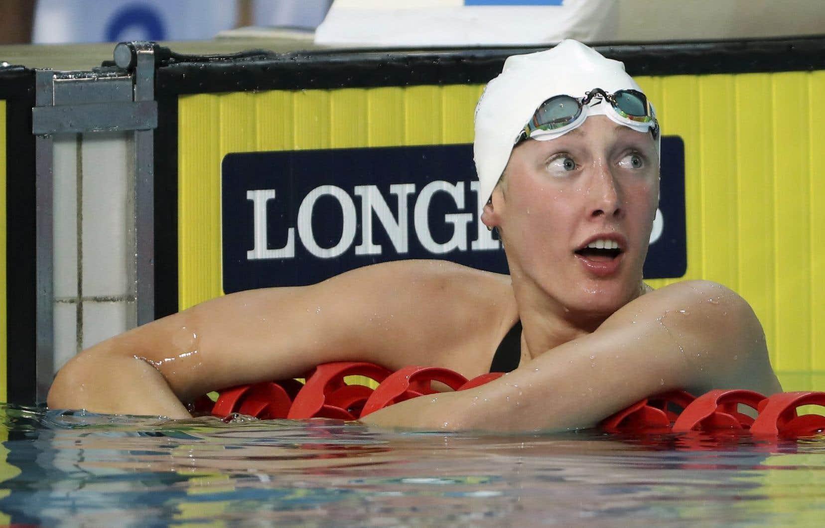 Taylor Ruck a procuré la première médaille d'or au pays au 200m libre