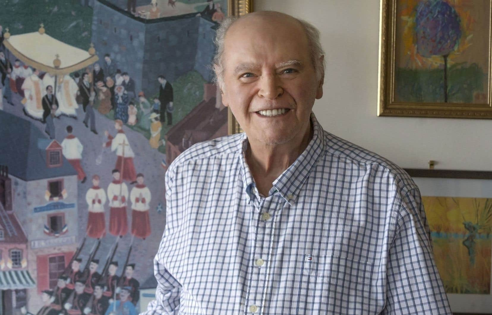 Paul Cliche est né en 1935 à Saint-Joseph-de-Beauce au sein d'une famille de tradition authentiquement rouge, clan marqué par les libéraux de 1867 qui, fidèles à Papineau, s'étaient opposés à la Confédération.