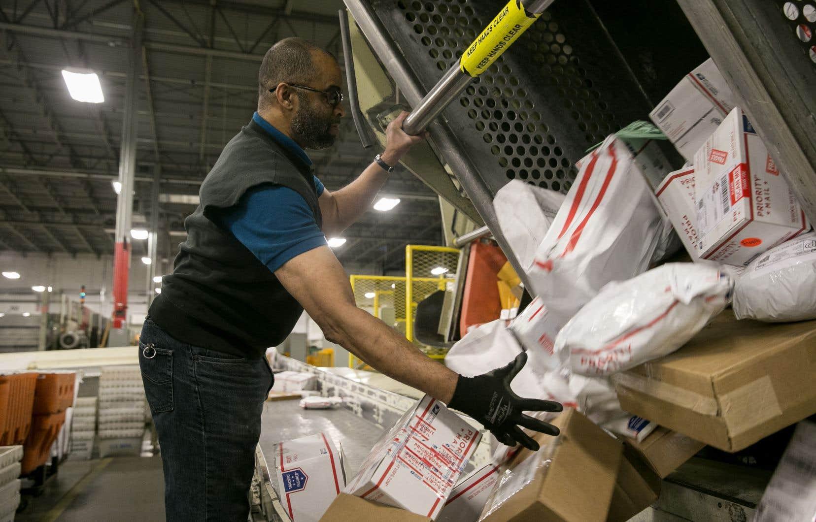 Le mois dernier, l'économie américaine a créé 103000 emplois contre 175000 attendus par les analystes, selon le département du Travail vendredi.