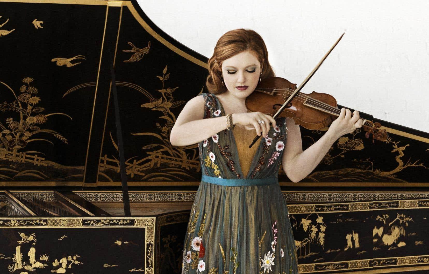 La violoniste Rachel Barton Pine «rentre dans la musique» comme on va au rodéo.