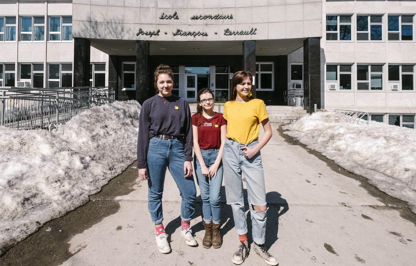 Des élèves de la région de Québec ont remis en question les règles  entourant la tenue 5f5765de156