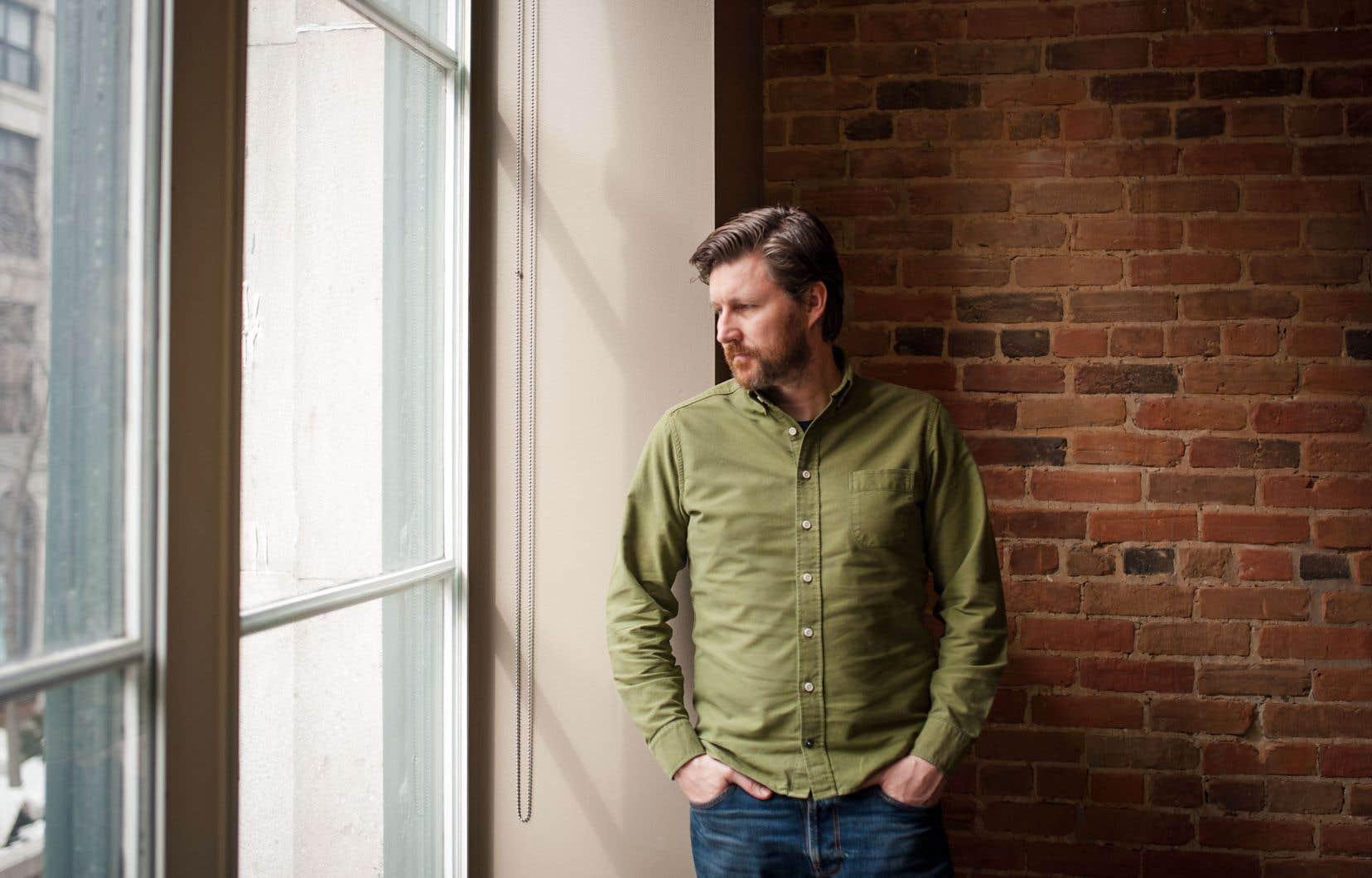 En repérage à Montréal pour une série coproduite par la BBC, le cinéaste Andrew Haigh a fait une pause, le temps de revenir sur son plus récent film, Lean on Pete.
